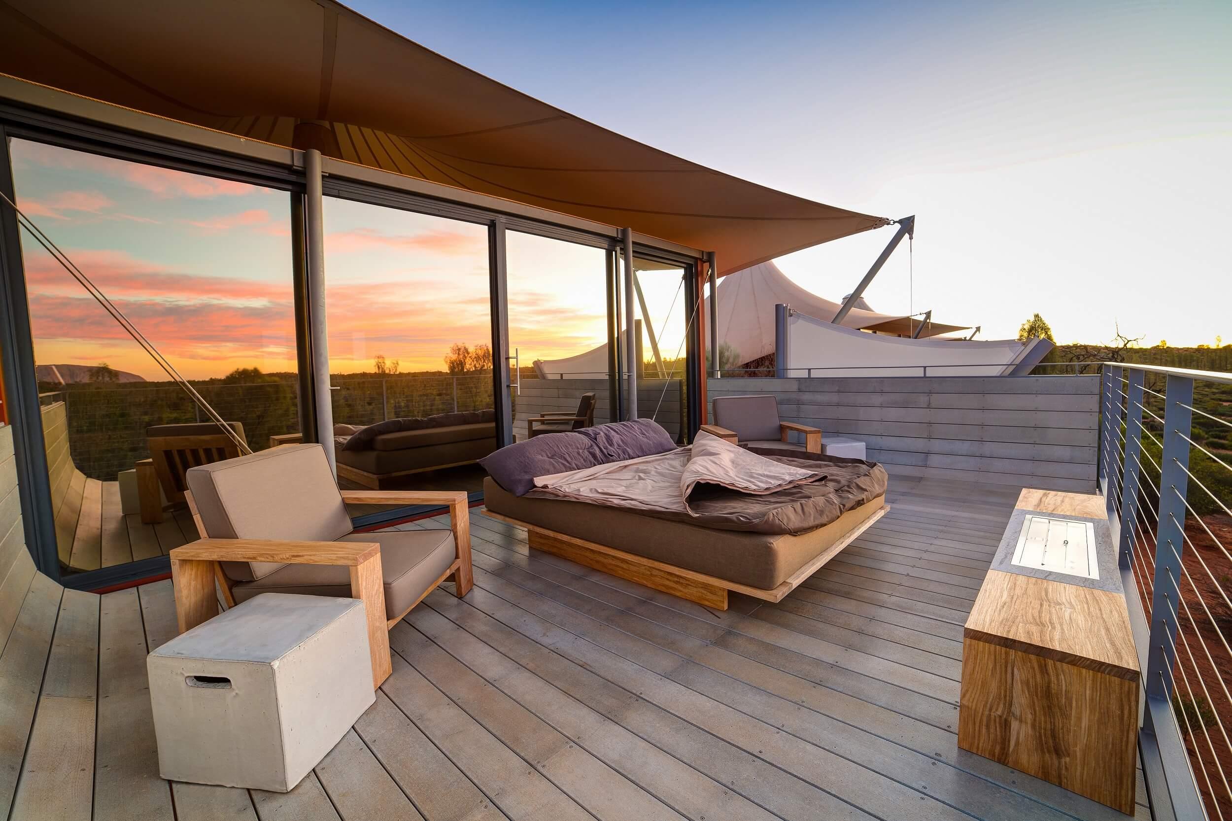 Longitude-131_Ayers-Rock-Uluru_Swag-Sunrise.jpg