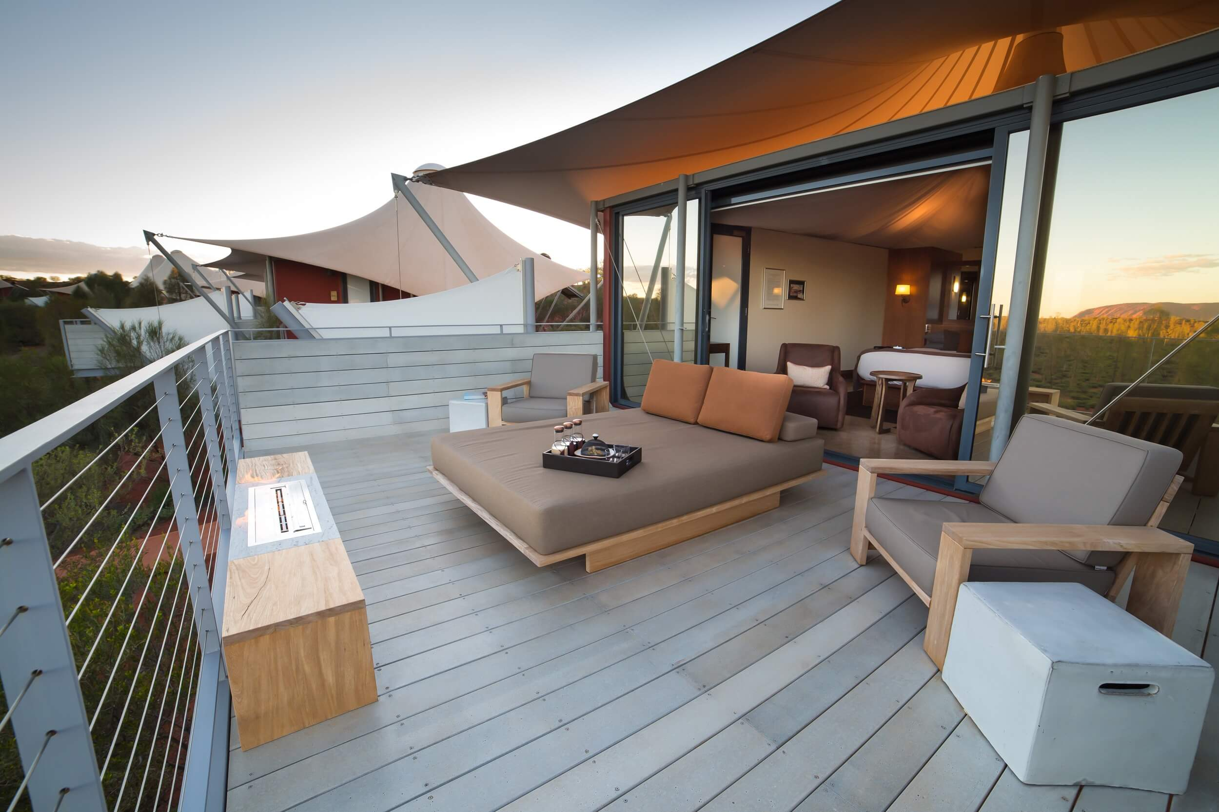 Longitude-131_Ayers-Rock-Uluru_Private-Balcony.jpg