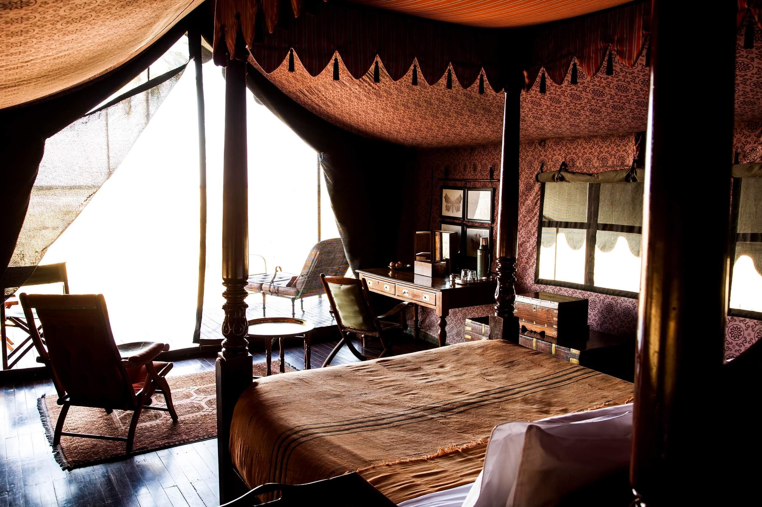 double_guest_tent_interior.jpg