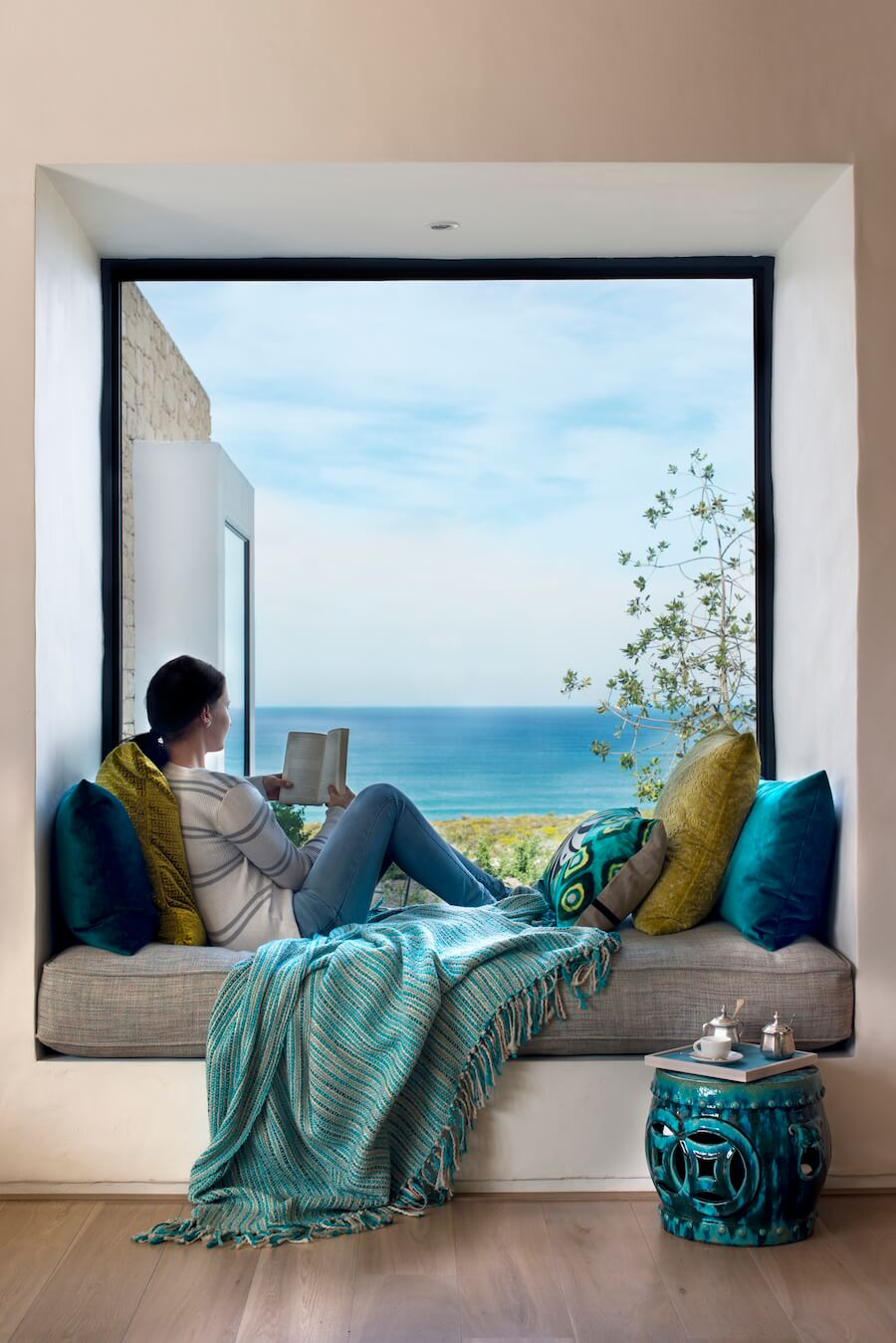 Morukuru Ocean House - cosy corner with view.JPG