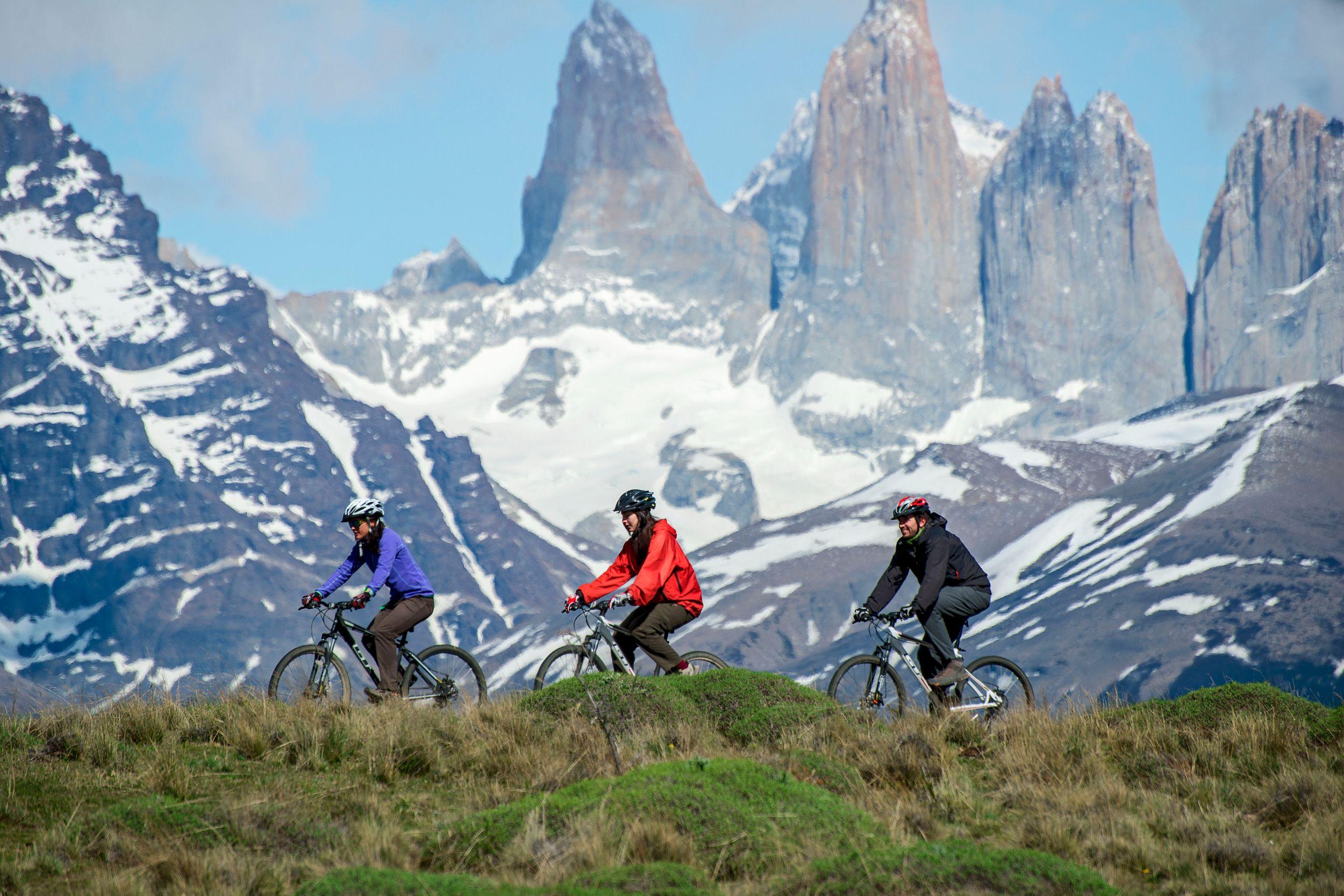 Outings Awasi Patagonia (66).jpg