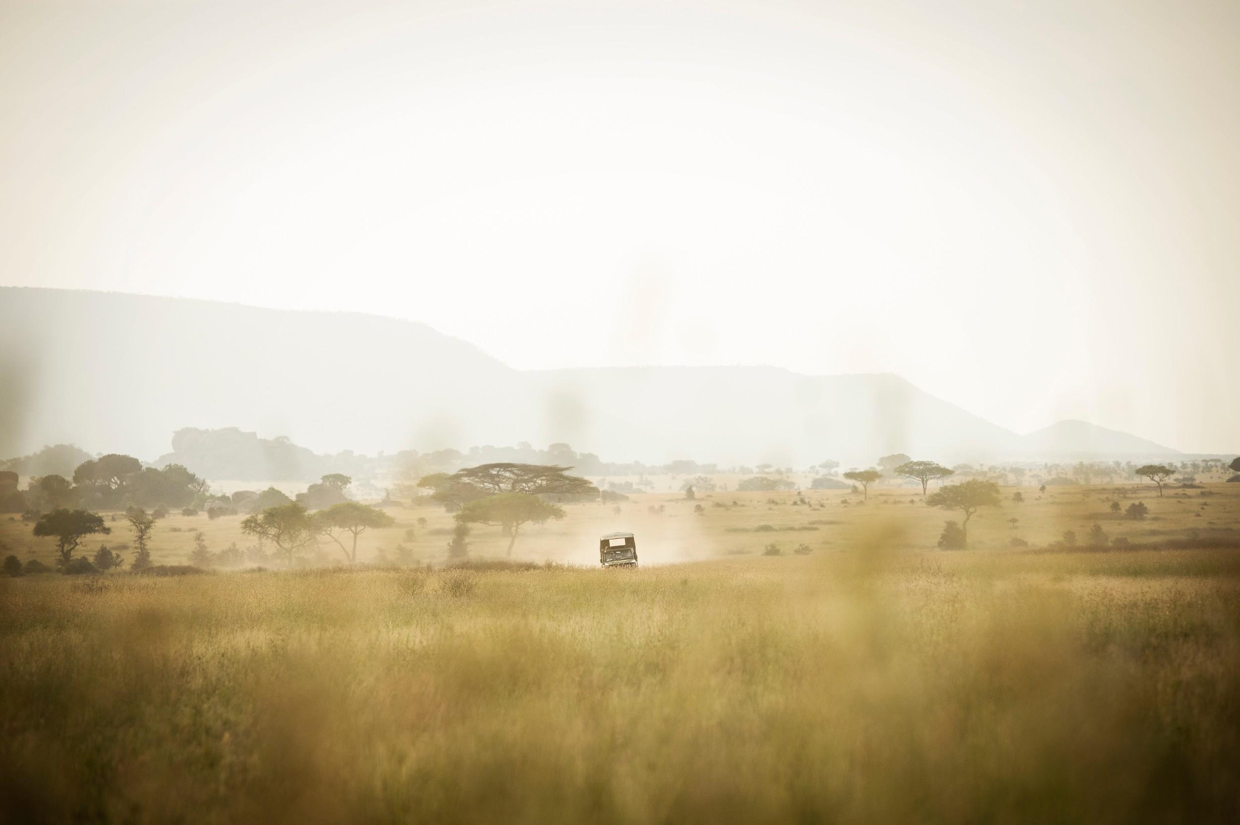 Dunia-Camp-game-drive-vehicle-2-HR-Eliza-Deacon.jpg