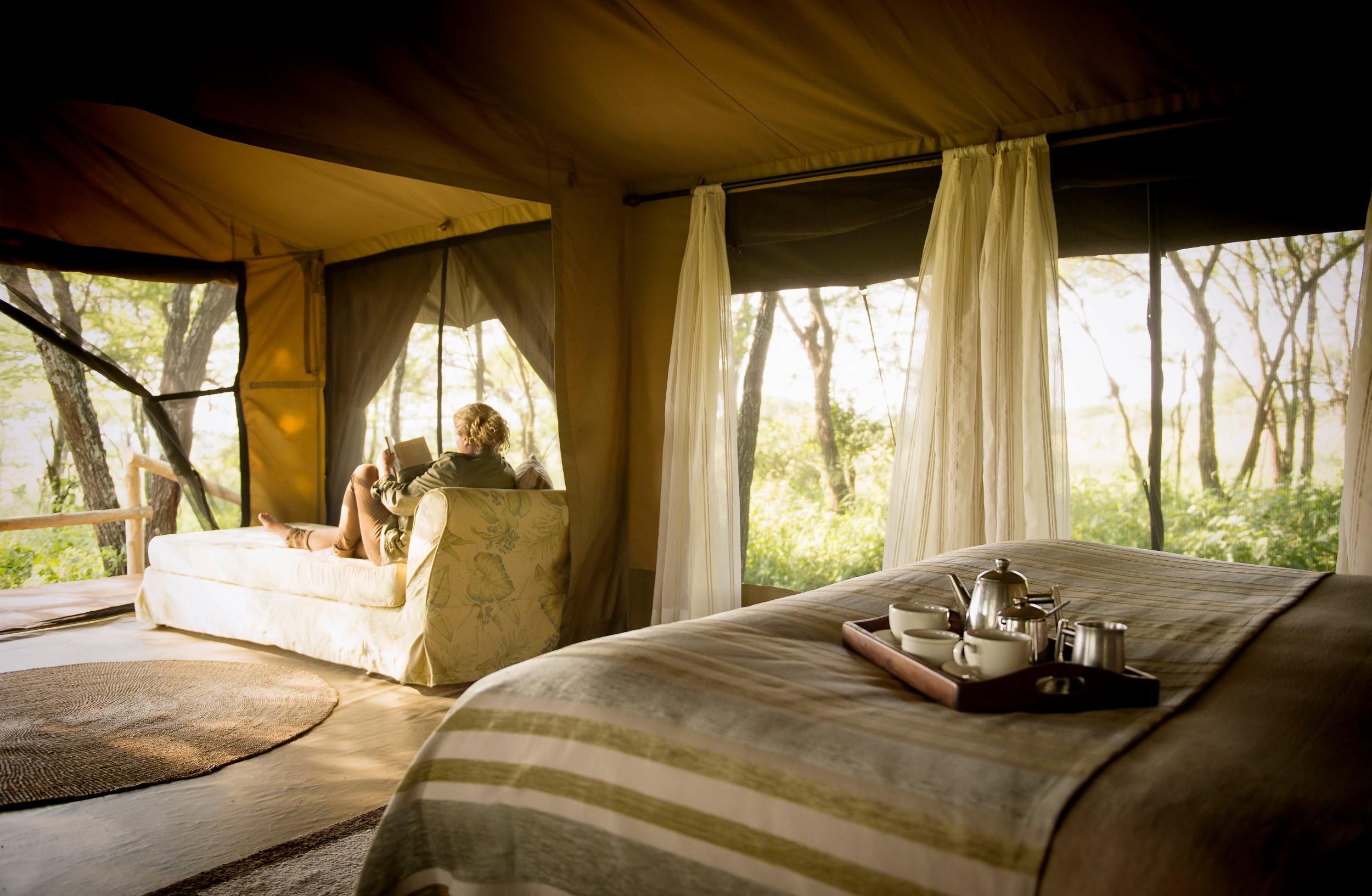 Dunia-Camp-Guest-Bedrom-tent-interior-HR-Eliza-Deacon.jpg