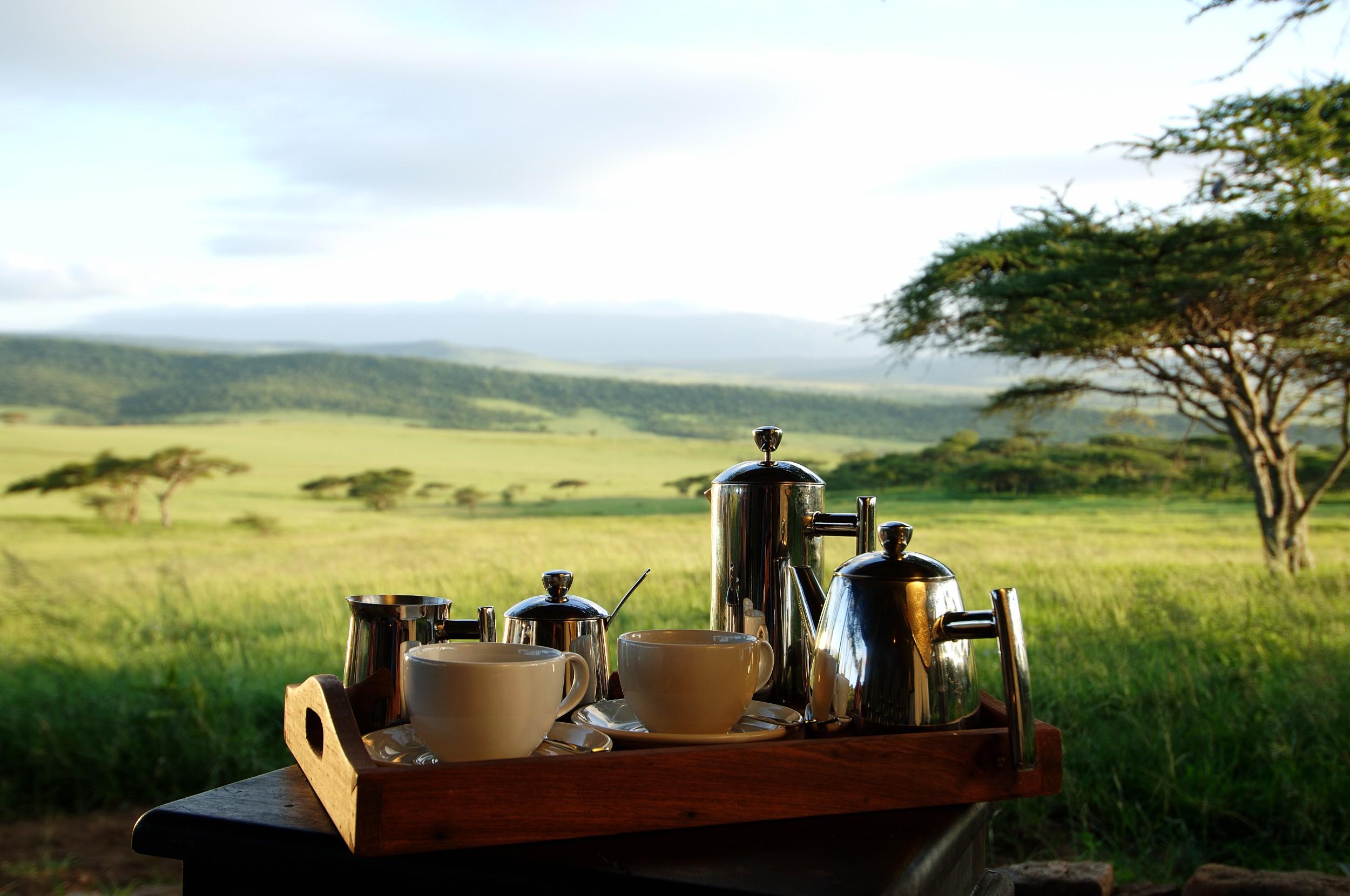 Dunia-Camp-morning-coffee.jpg