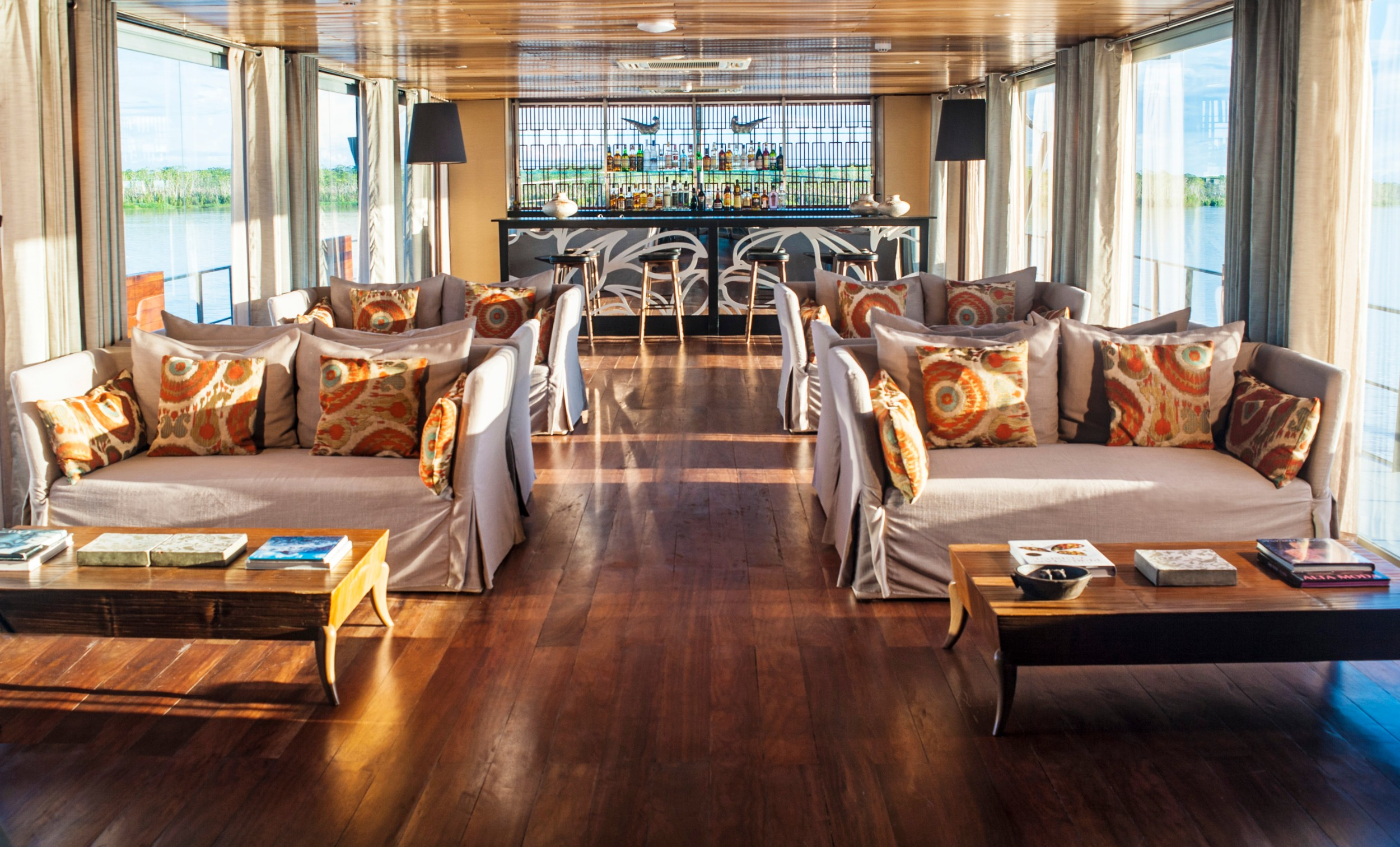 New+8-2015+Aria+Amazon+Indoor+Lounge+&+Bar+-+High+Resolution.jpg