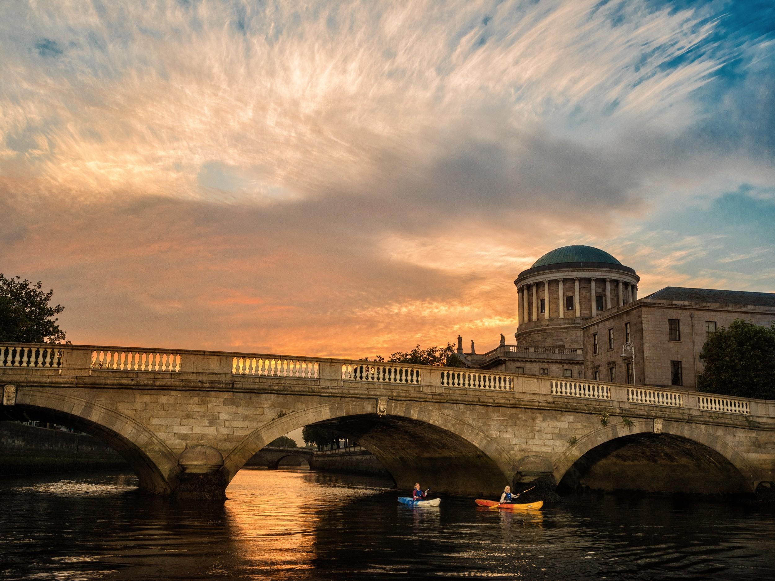 Kayak Dublin 2.jpg