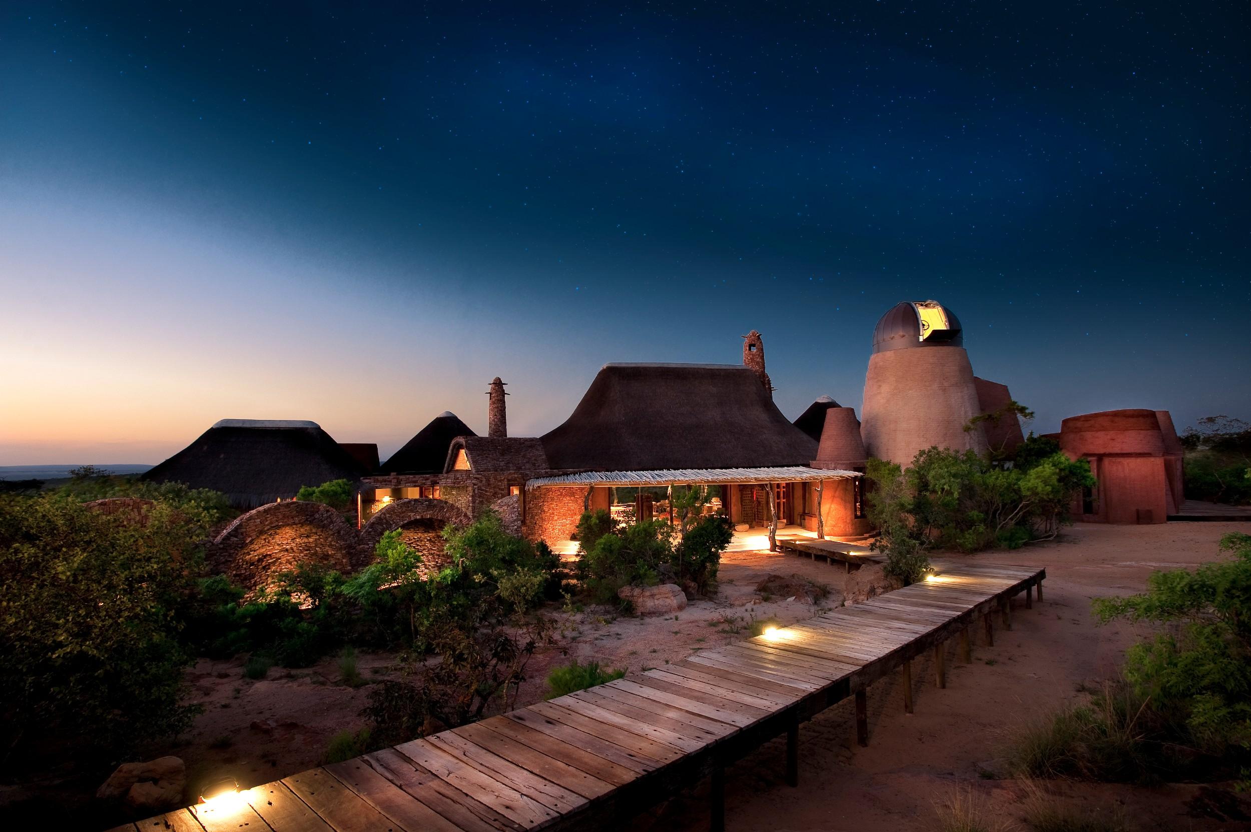 House - Night observatory dook 44.jpg