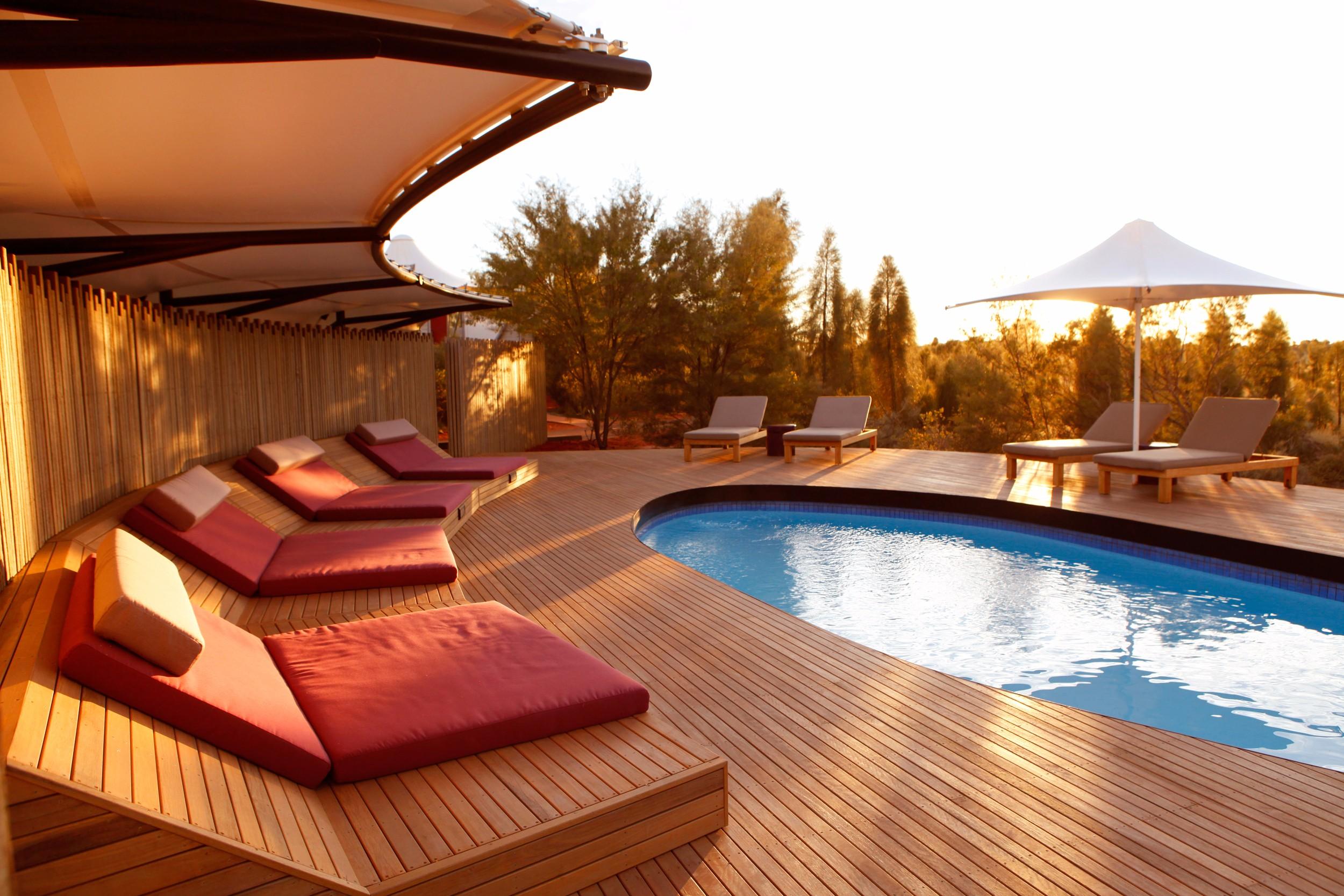Main-Lodge-Swimming-Pool-hi-res.jpg