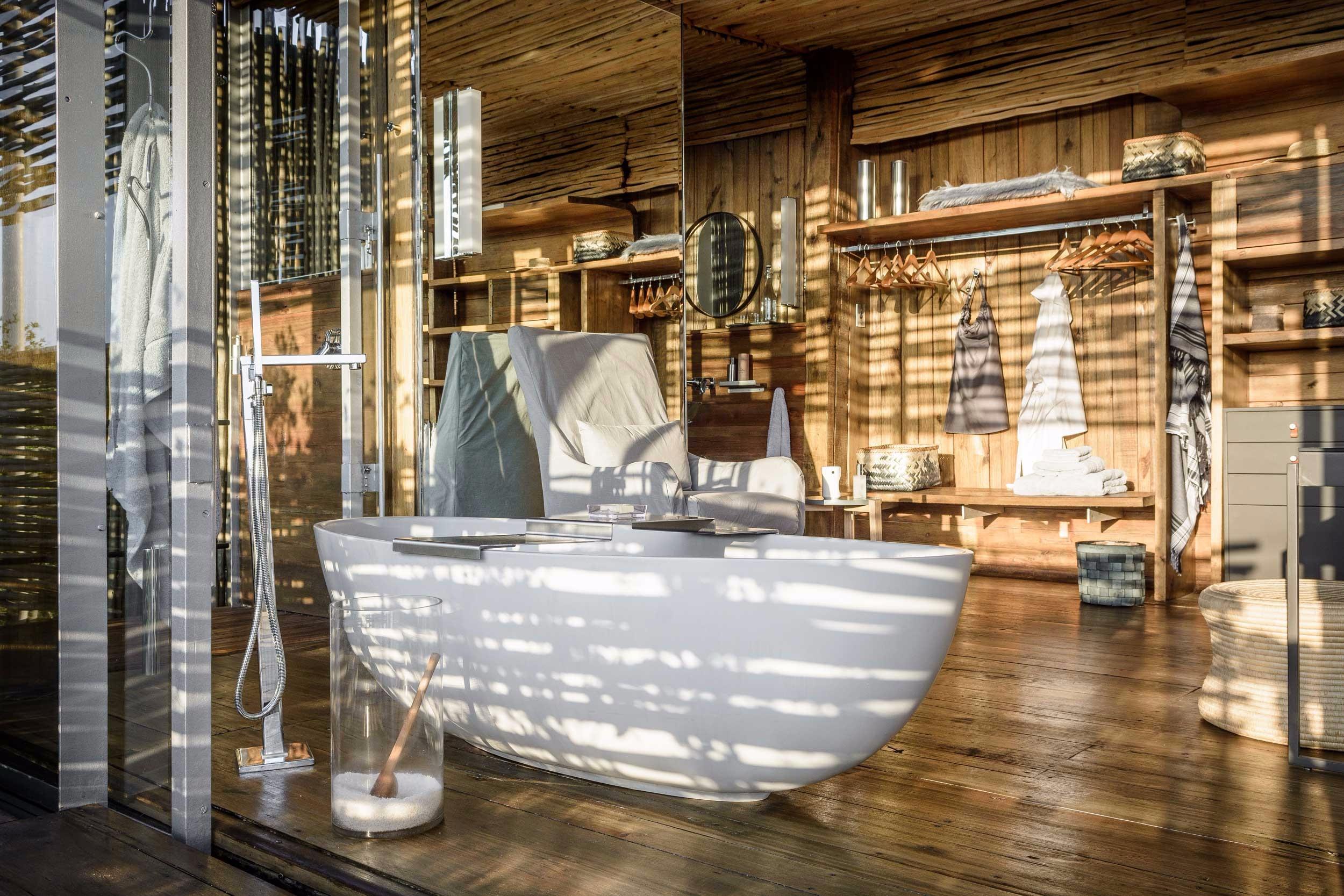 Singita-Lebombo-Lodge---Bathroom.jpg