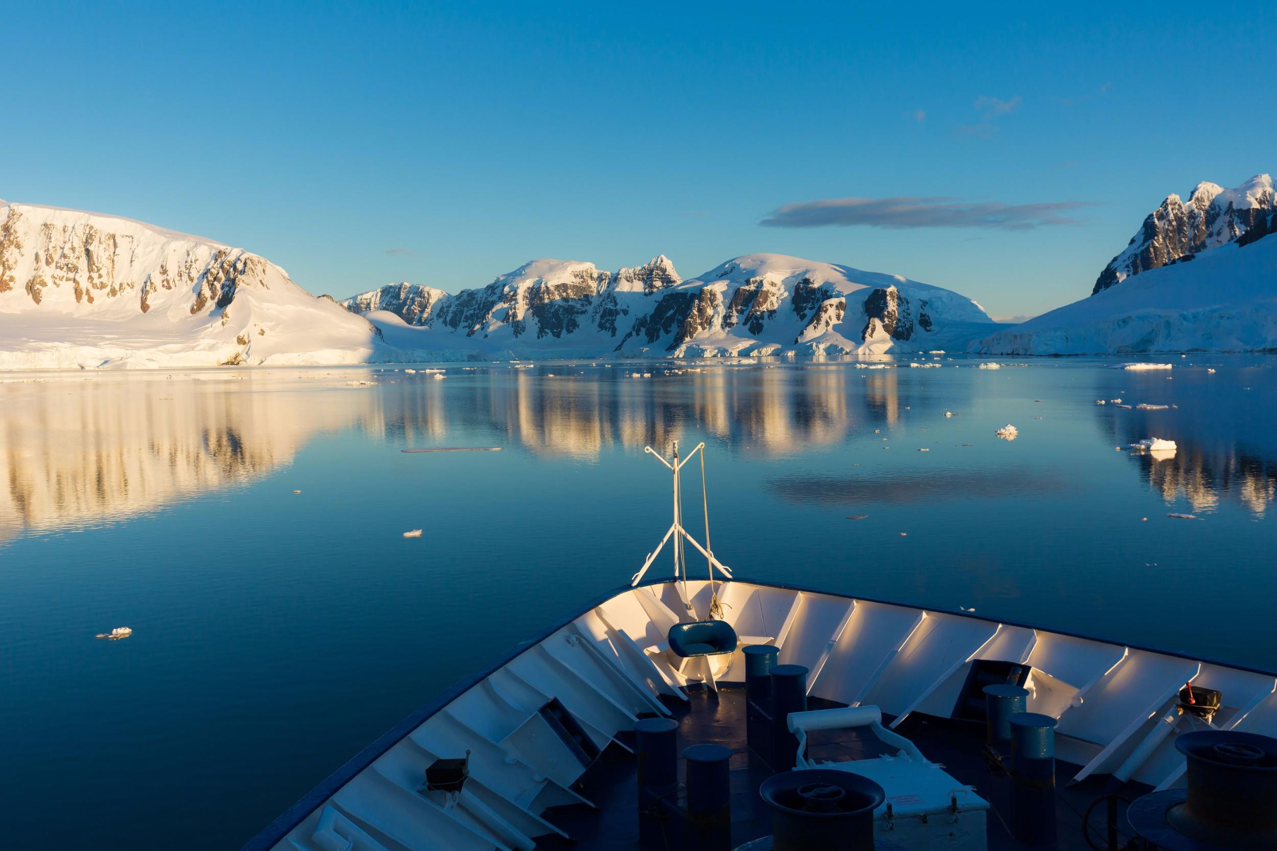 Polar Latitudes_HS_Bow_landscape_Original_16090.jpg