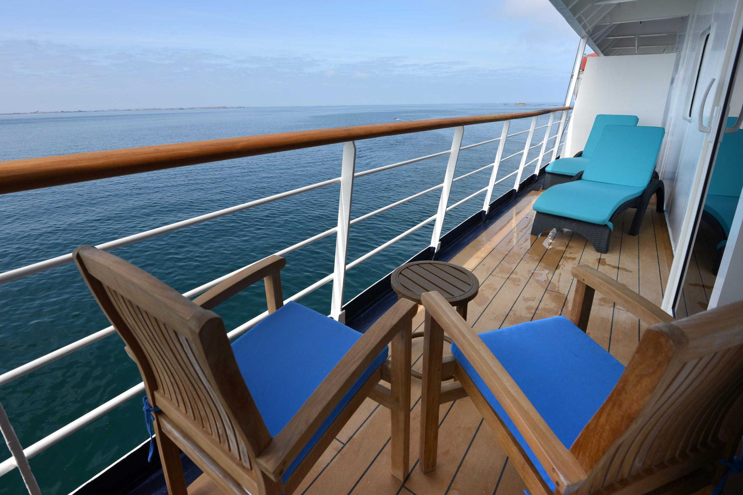 Polar Latitues_Owners Suite Balcony (8)_Original_16077.jpg