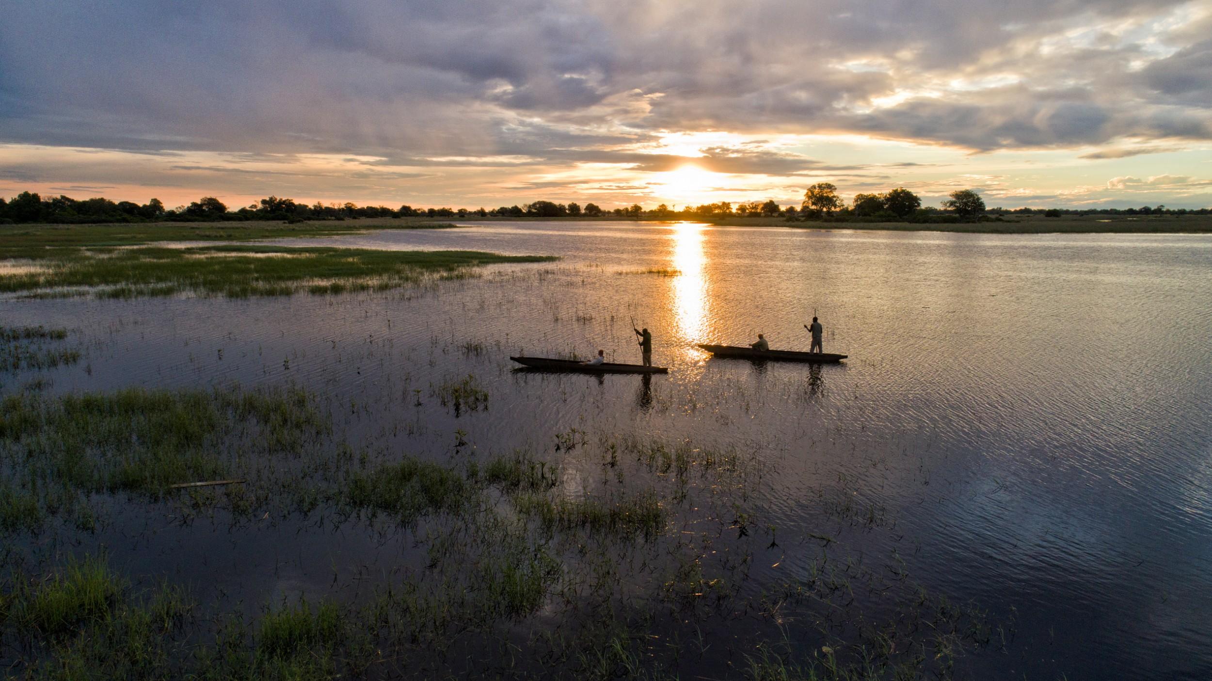 18Mapula Lodge - Arial mokoros at sunset.jpg