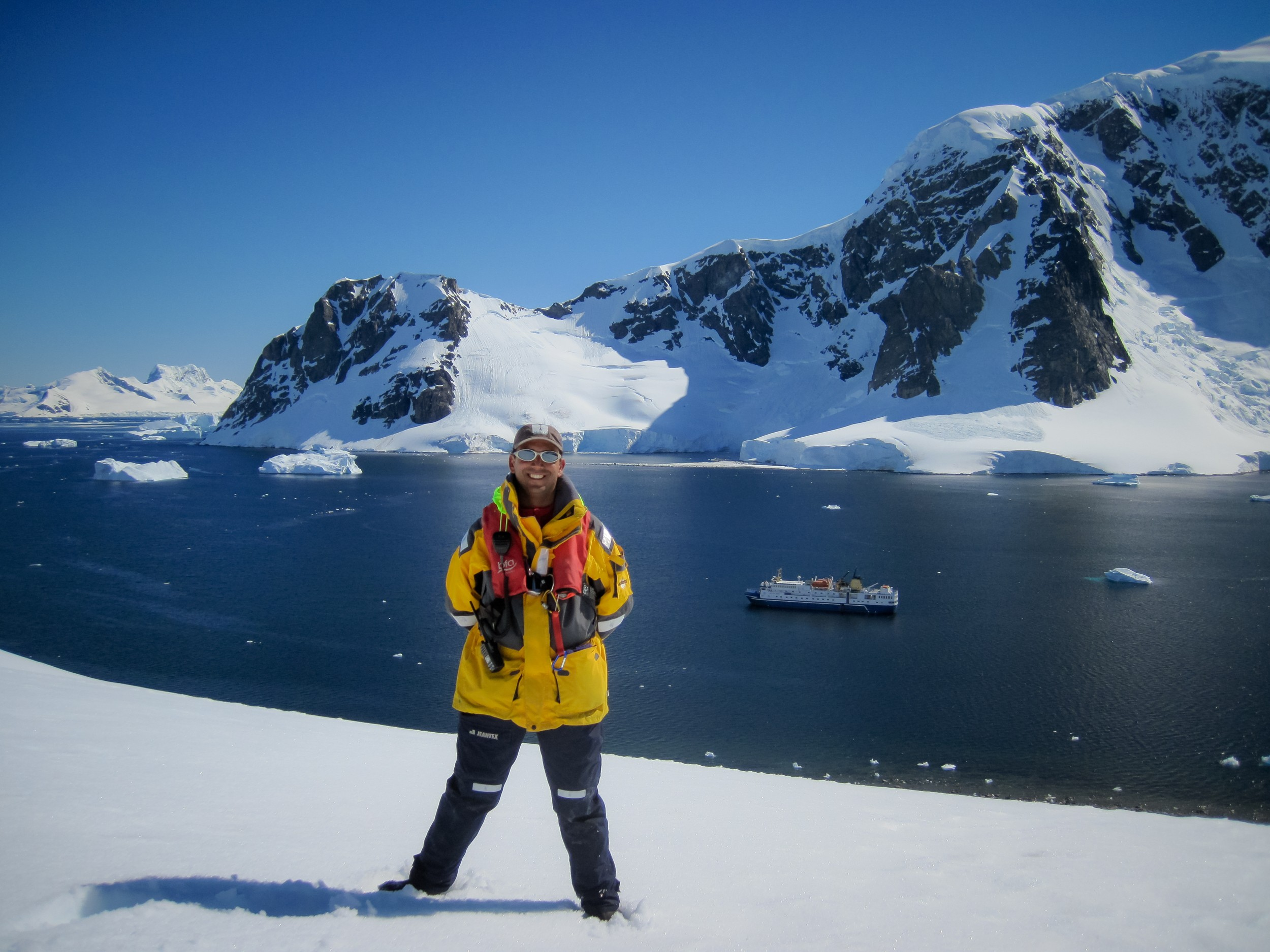 A night in Antarctica (9 of 33).jpg