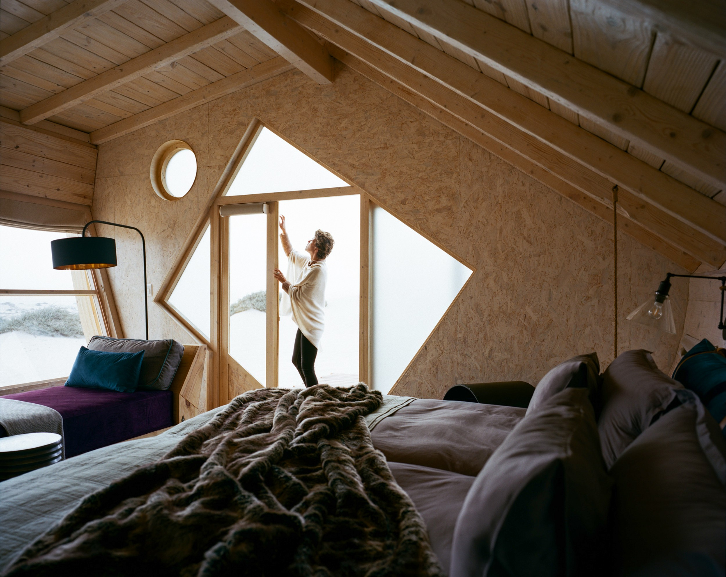 6Shipwreck Lodge - Accommodation - Twin room6.jpg