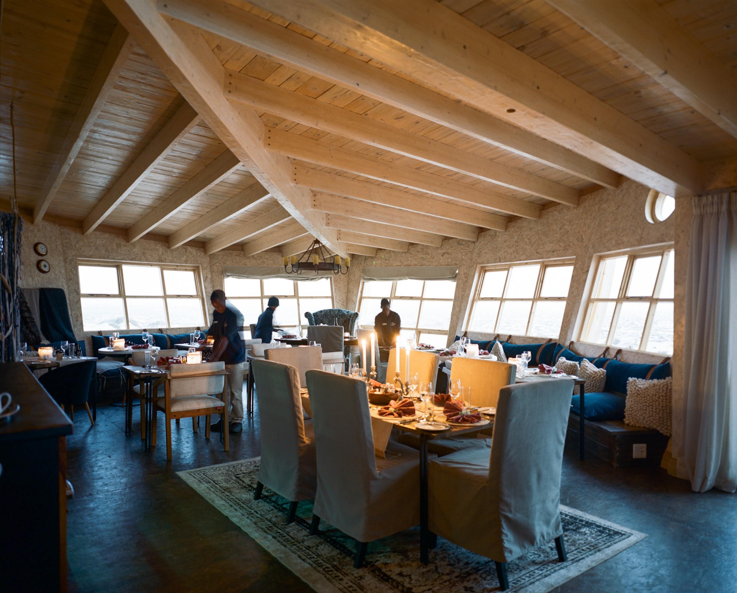 15Shipwreck Lodge - Main area & dining room.jpg