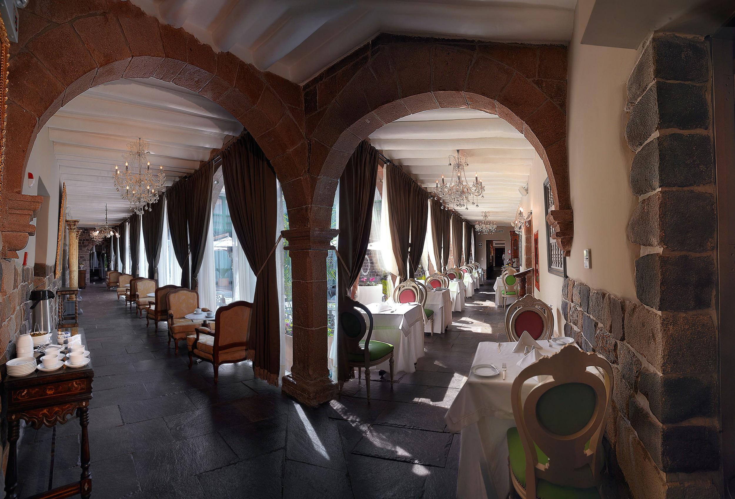 cusco-panoramic-hall-view-2.jpg