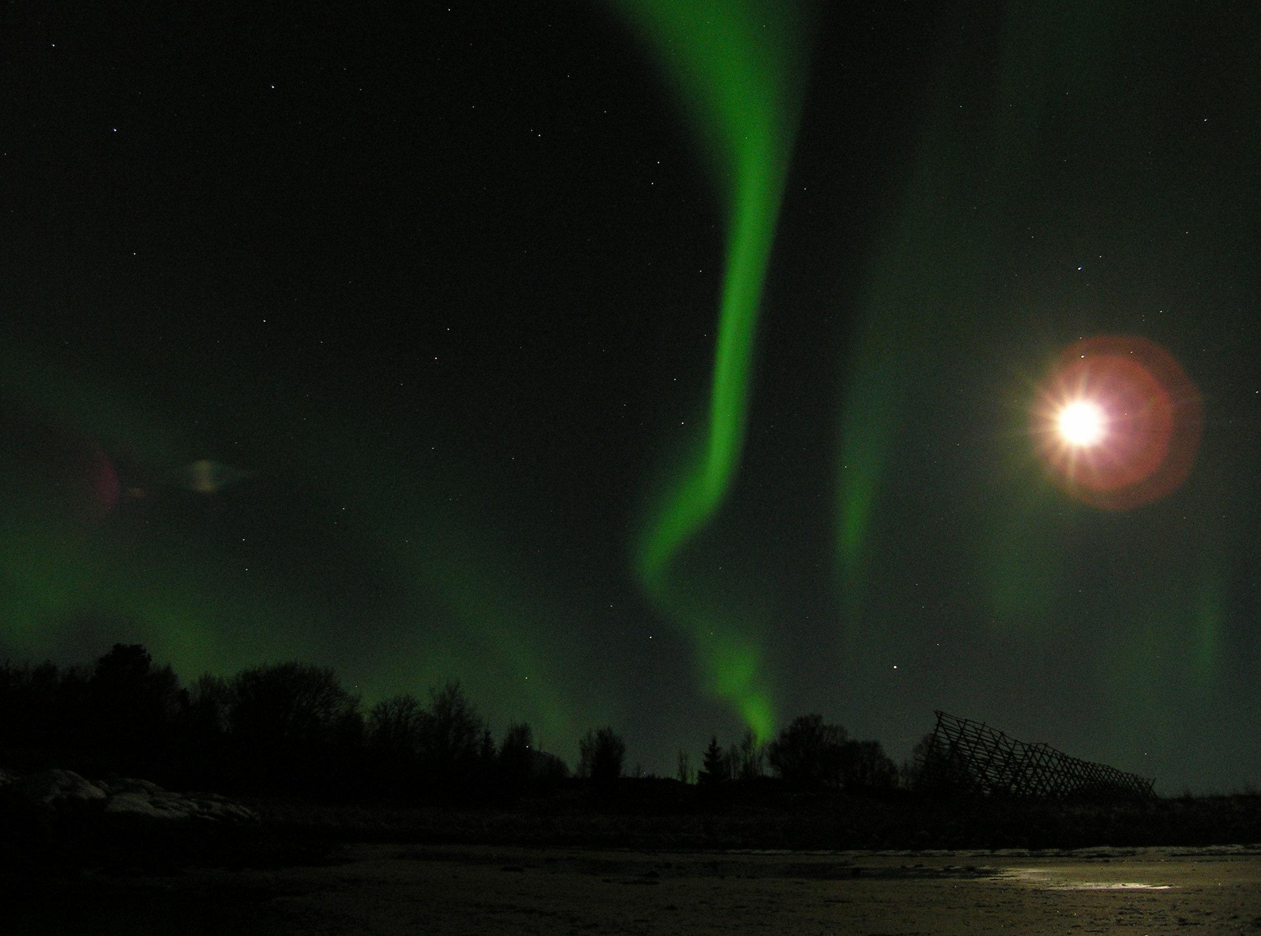 Aurora-Borealis-above-Lofoten_Jan-Belgers.jpg