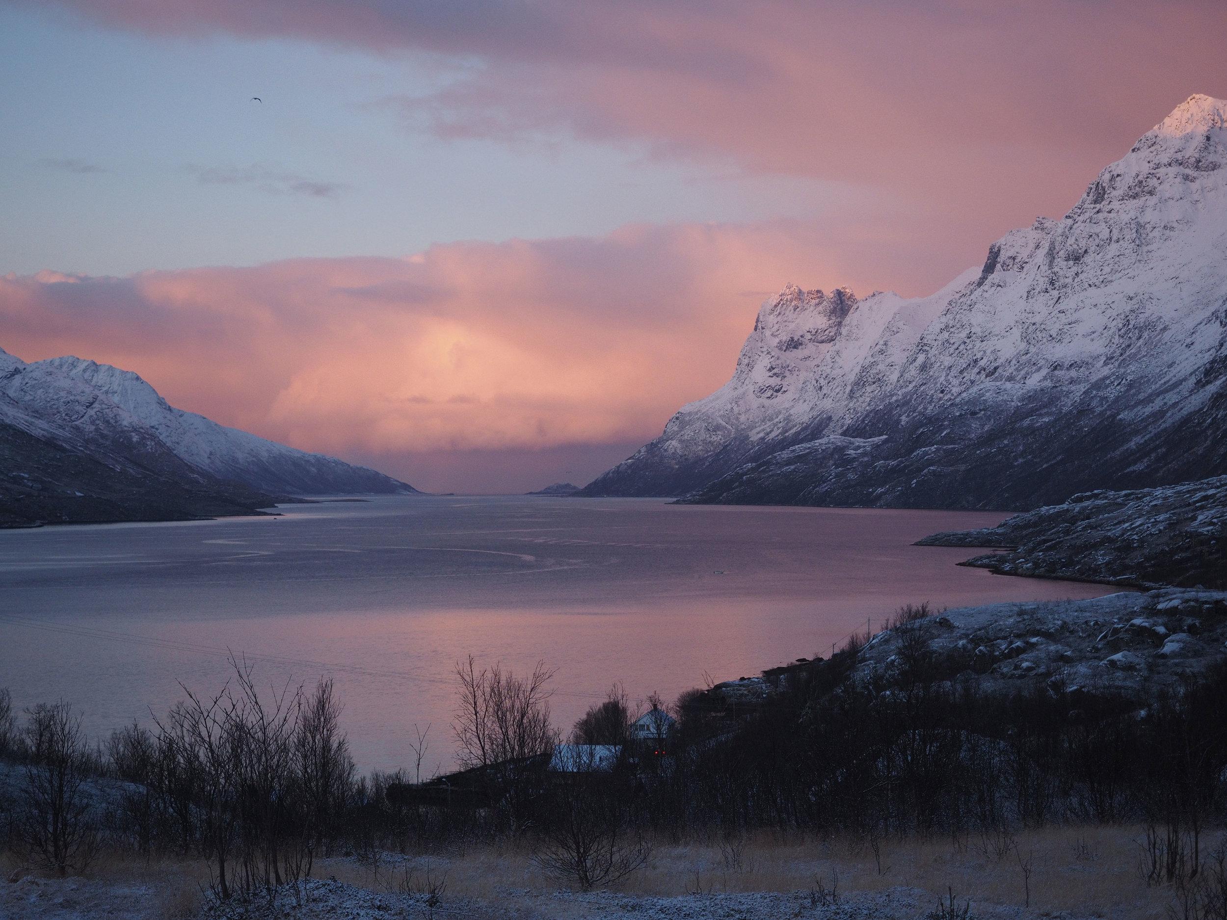 Scenery,-Sunset,-North-Norway_Christian-Engelke.jpg