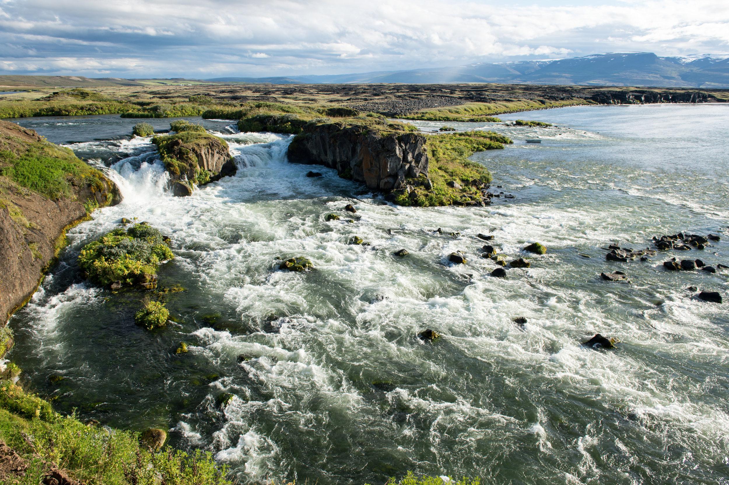 Iceland_Scenic_3.jpg