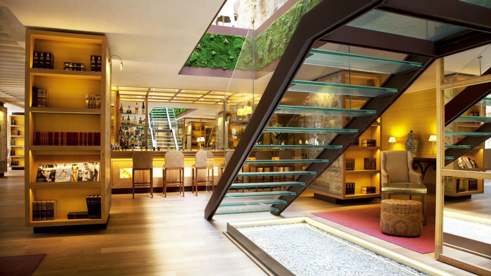 hotel-urso-feature.jpg