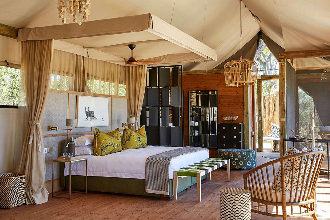 3Tuludi - Bedroom interior copy.jpg