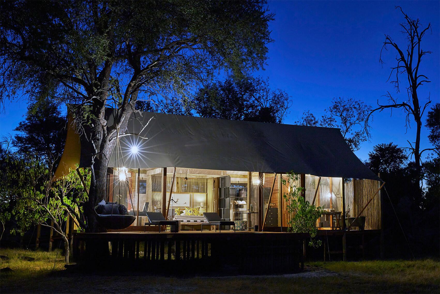 8Tuludi - Bedroom exterior at night.jpg