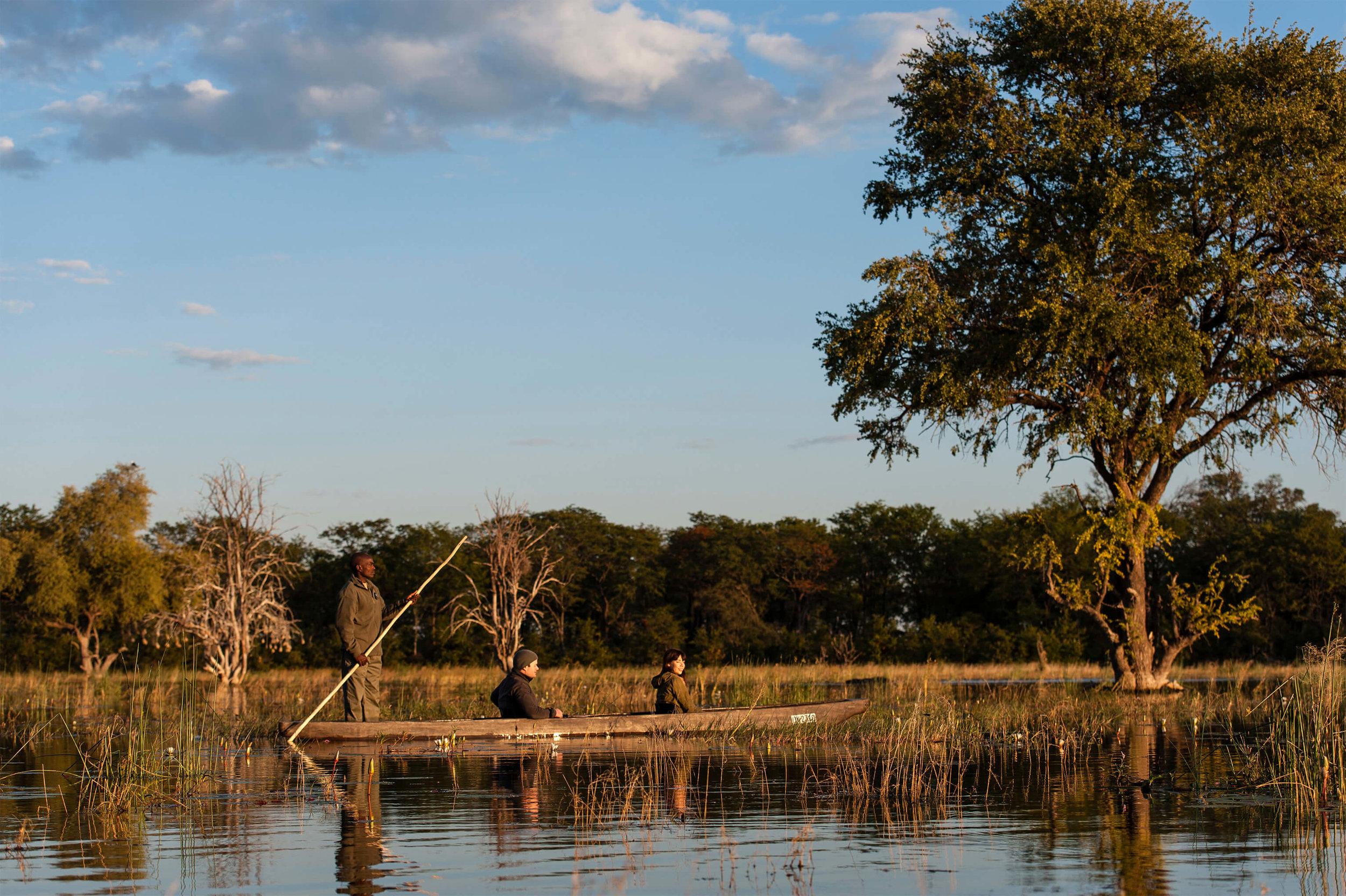 25Tuludi - Mokoro safaris across the Delta copy.jpg