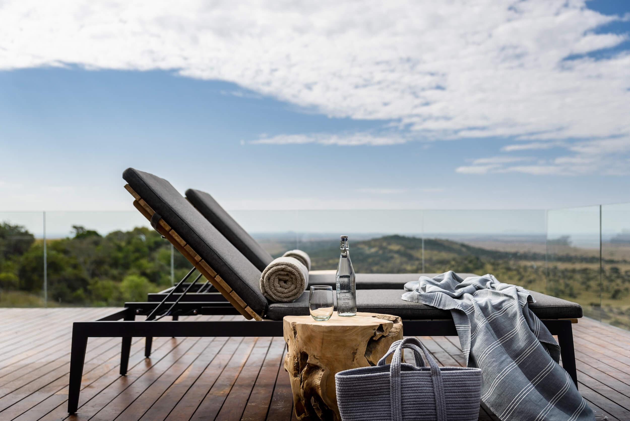 Hillside-Suite-Singita-Sasakwa-Lodge-Deck-with-a-View.jpg