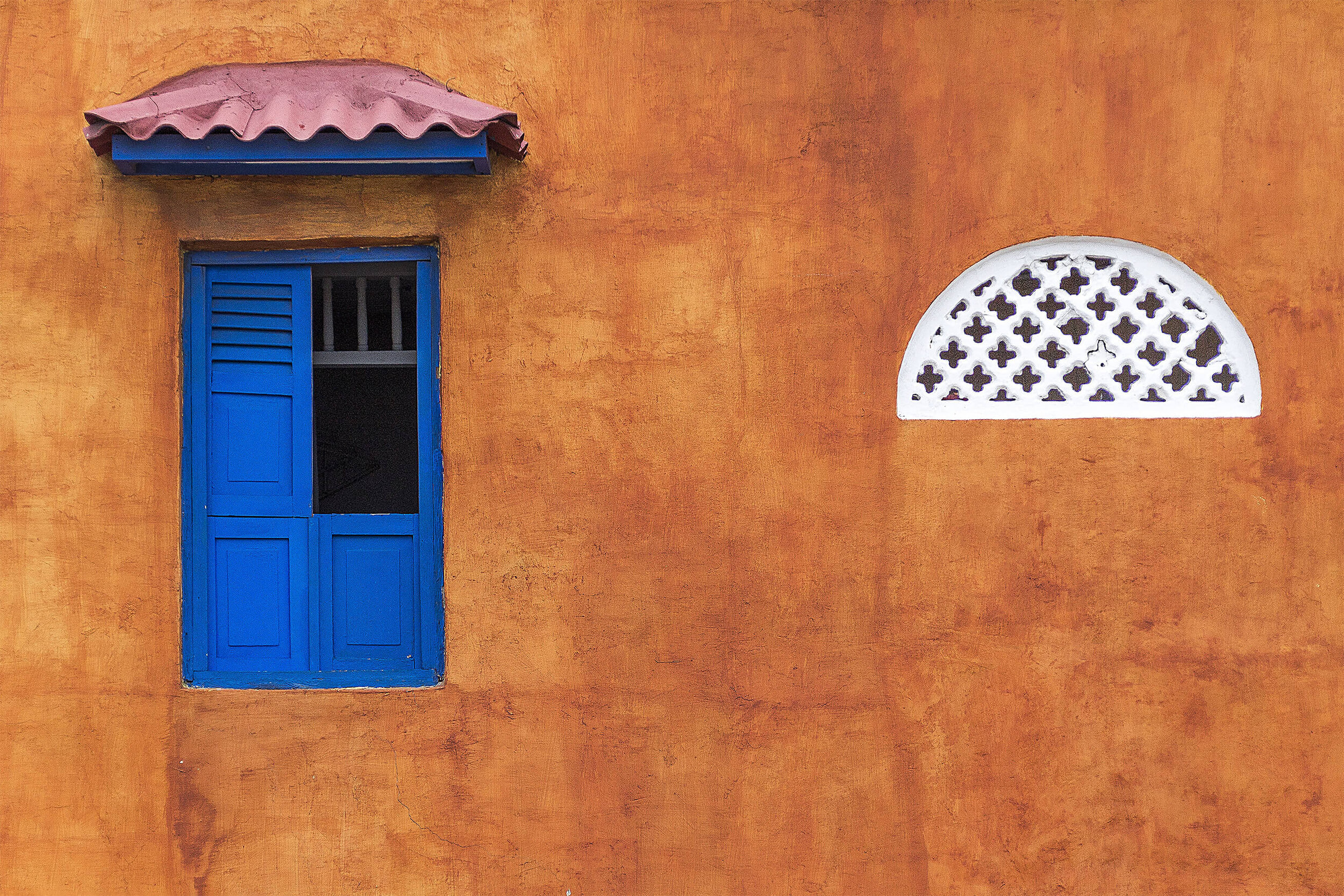 window-1565848.jpg