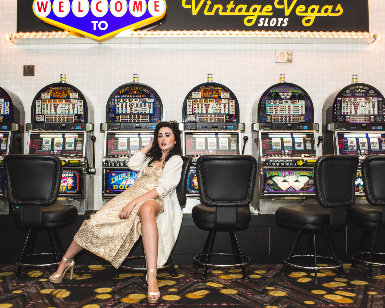 VEGAS BABY ~ ready to escape to my plastic wonderland of lust & drugs. Just to be the showgirl of the night and prance around pretending it's all a good dream. I'm so sober but high on money and fleeting dreams ~ take me back xx #vegas #baby #chasemccurdy
