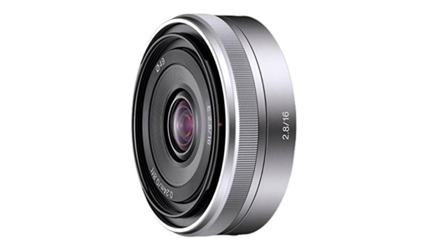 Sony SEL16F28 16mm f/2.8 -