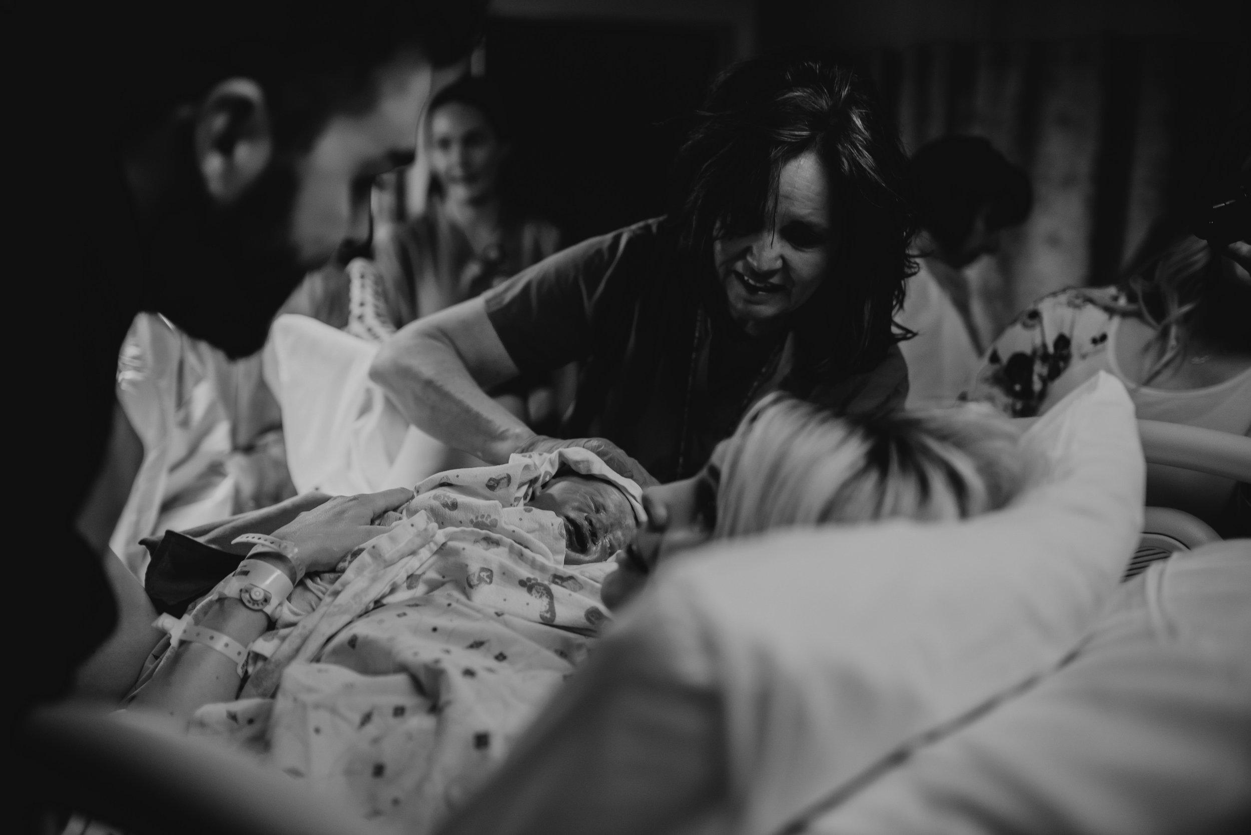 ELLIOT_birth-7056-3.jpg
