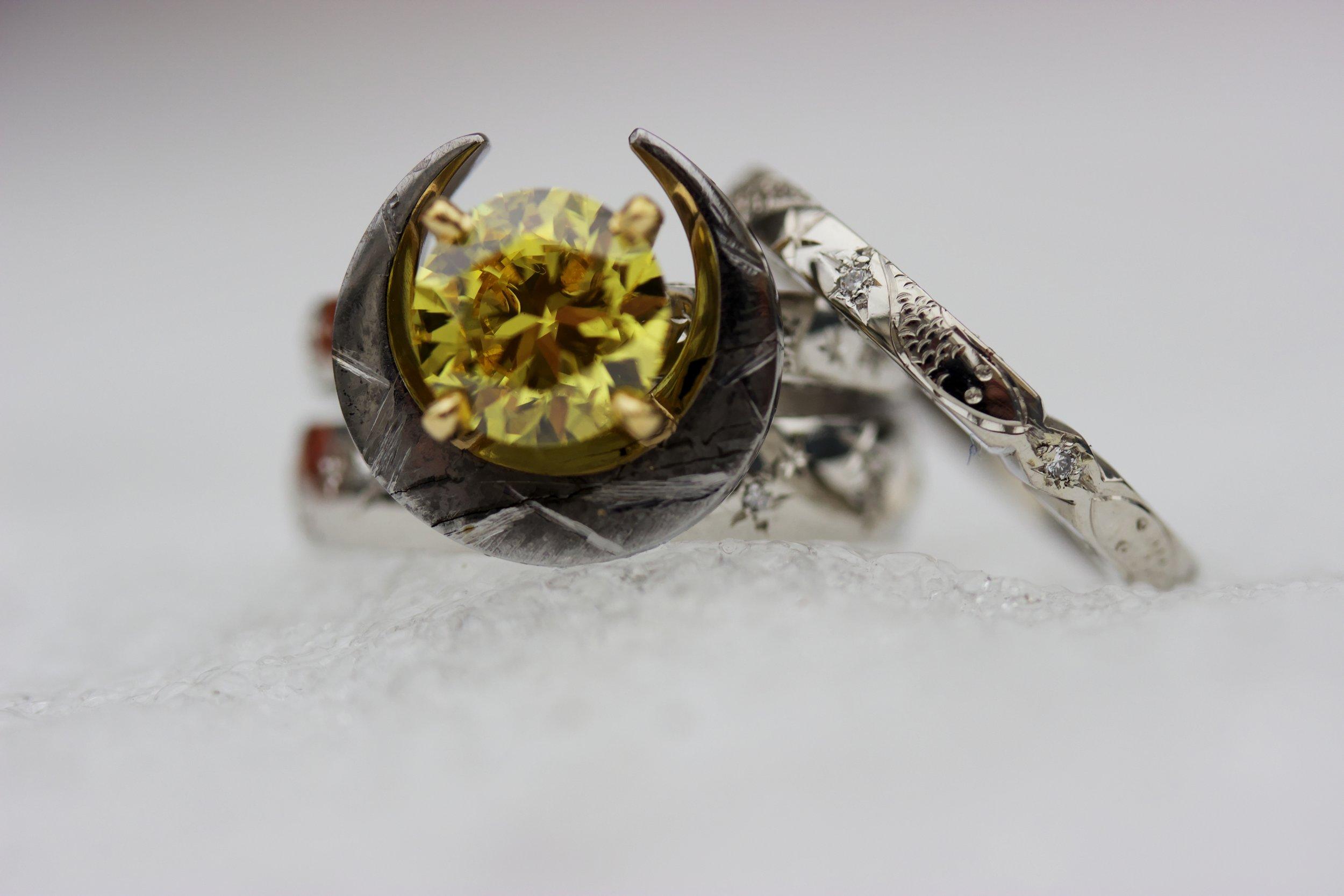 Custom_Yellow_Diamond_Atlantides_Meteorite_Eclipse_Serpens_2015-11-05 00.50.22_tonemapped.jpg