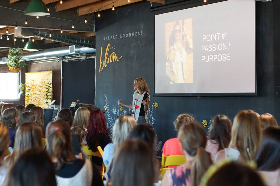 Yellow Conference 2014.jpg