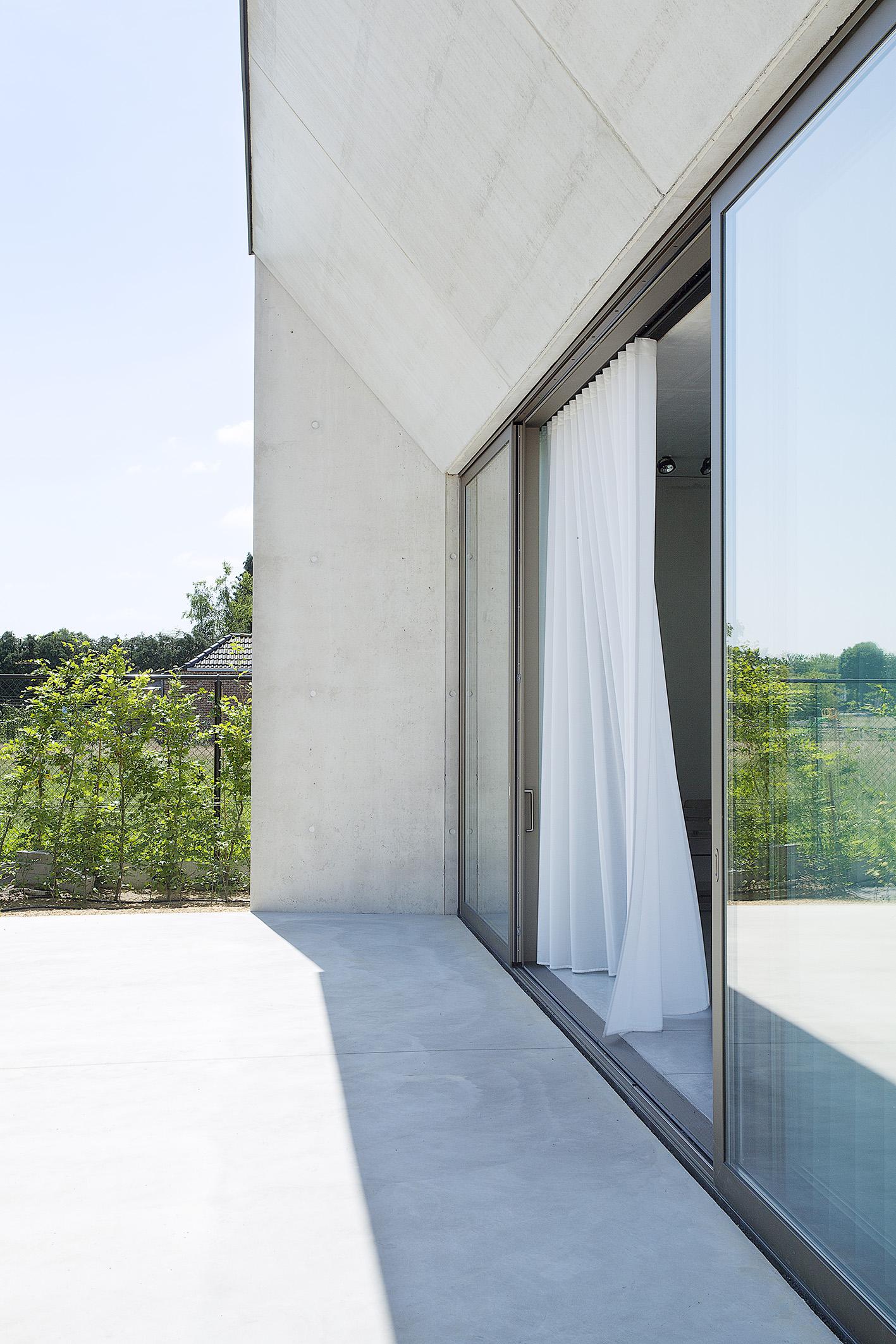 architecte_inge_clauwers_photo_caroline_dethier_ext_07_MAIL.jpg