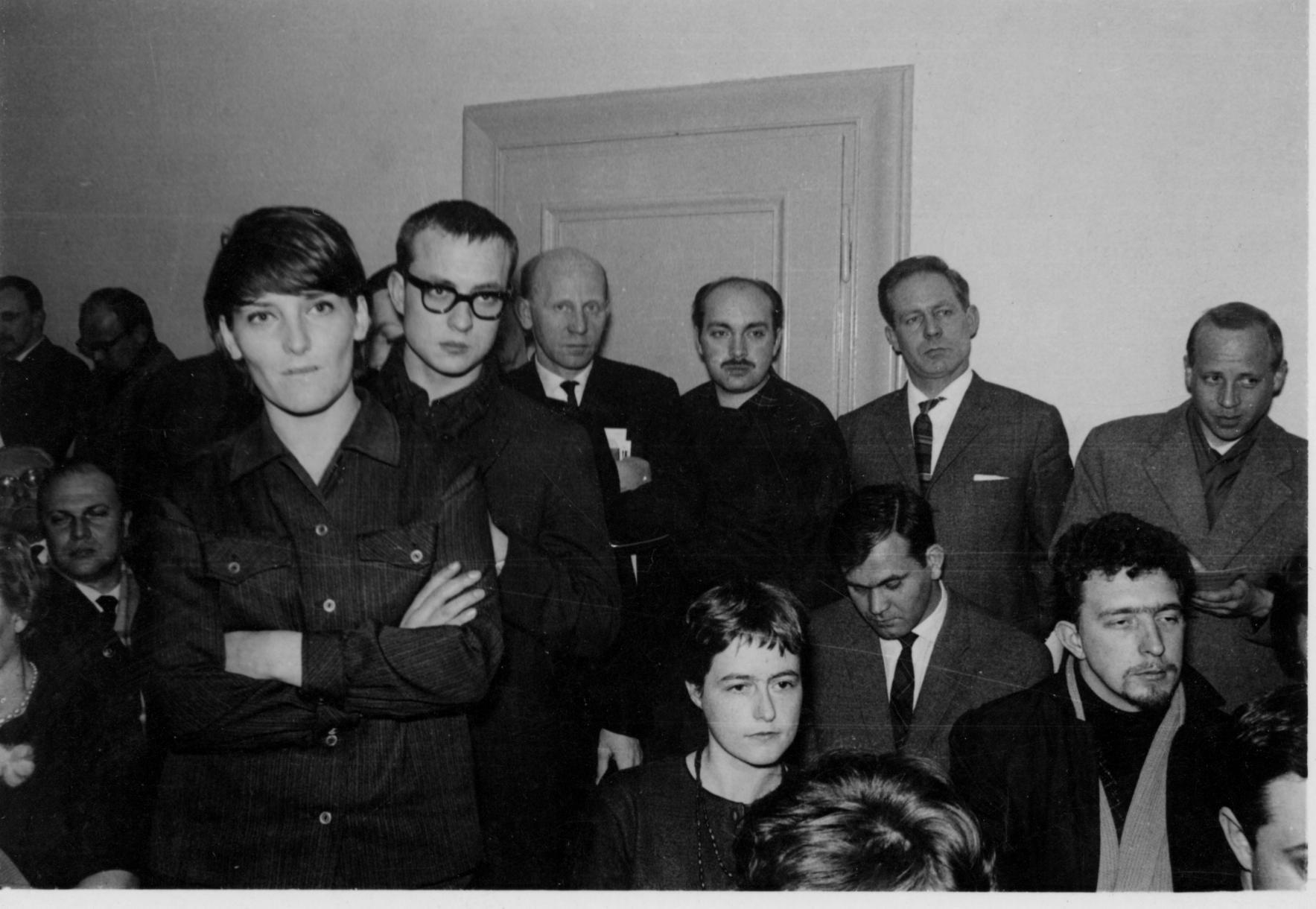 Rueda de prensa con motivo de la presentación del manifiesto de Oberhausen , 1962