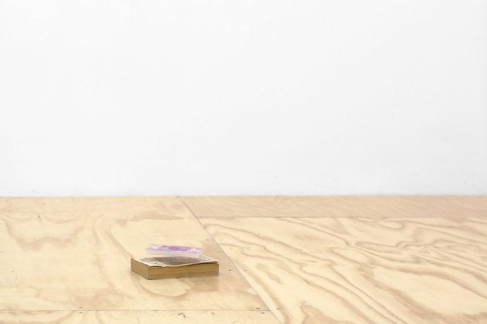 Daniel Aguilar Ruvalcaba,  ¿Cómo se imprime un mural?.  Foto: Lorena Ancona. Cortesía de Parallel Oaxaca. Vínculo para video de la pieza en movimiento  https://vimeo.com/198620176
