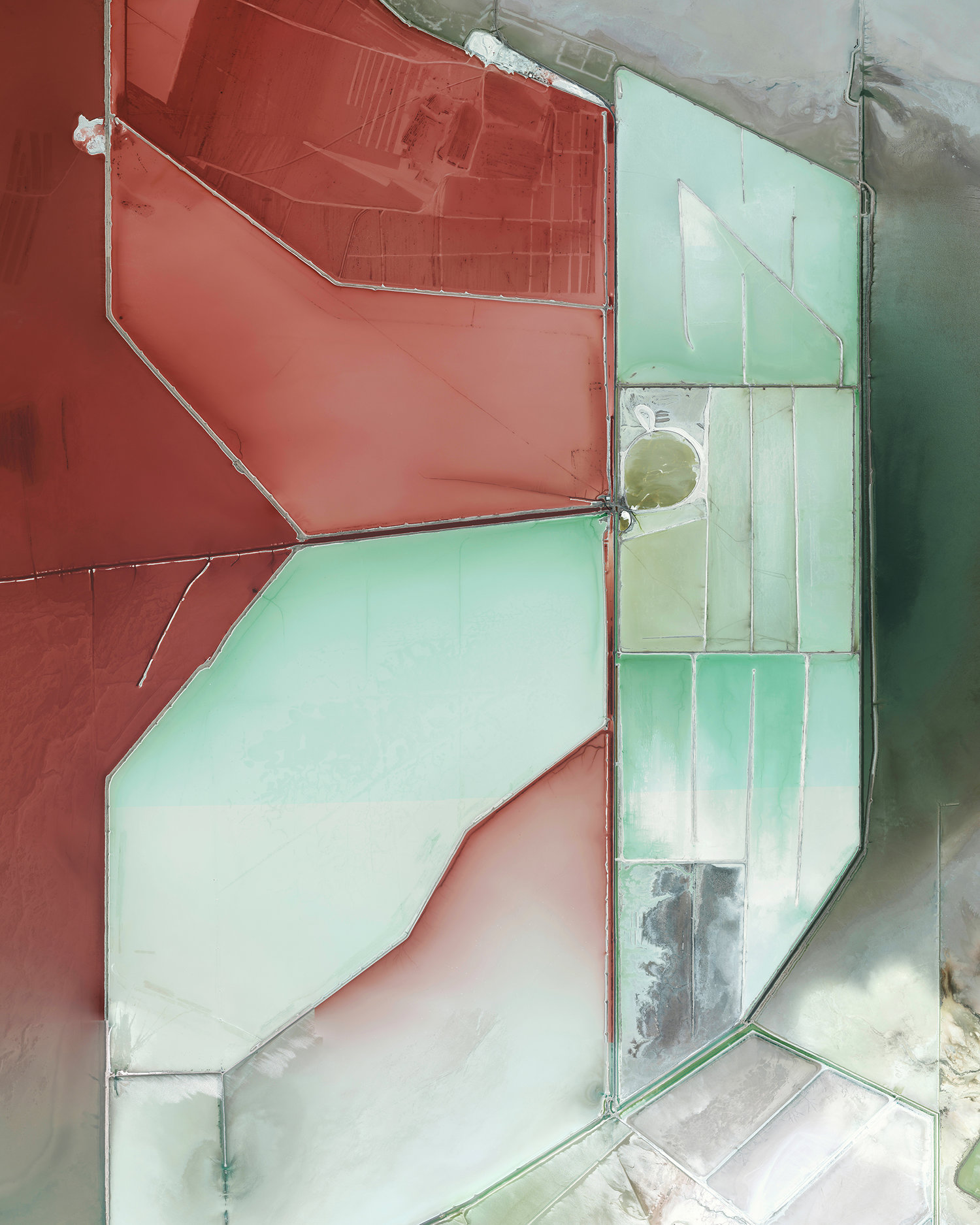 △ Evaporation ponds in Great Salt Lake, Utah