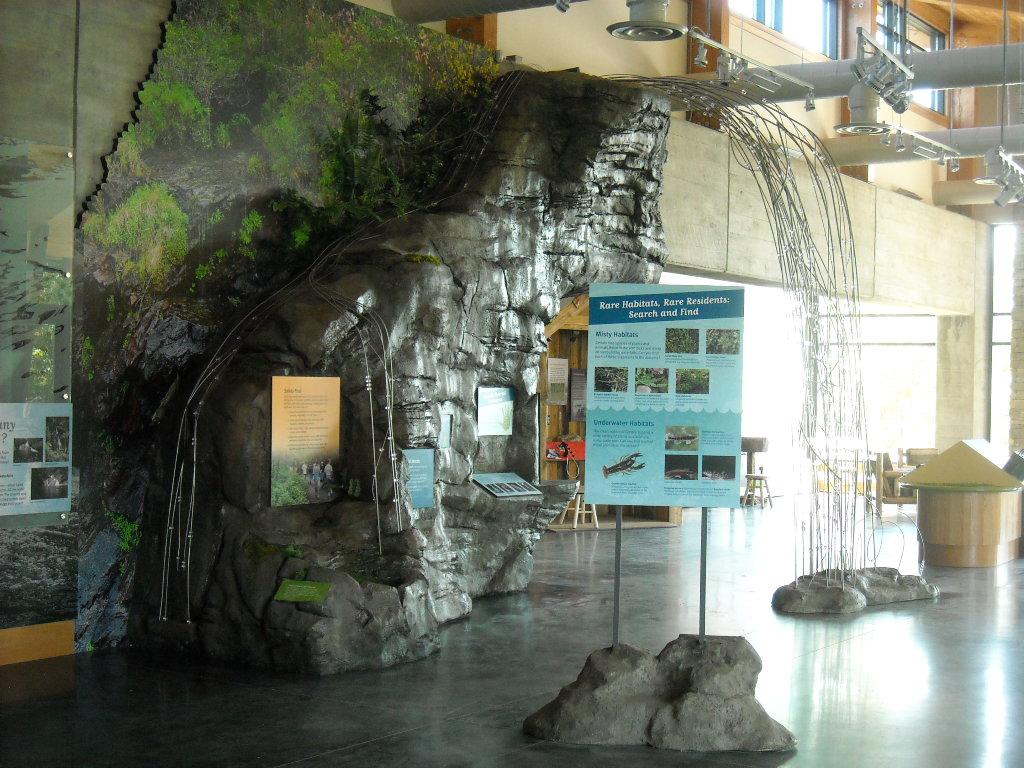 w.home.slide11.gorges rocks.JPG