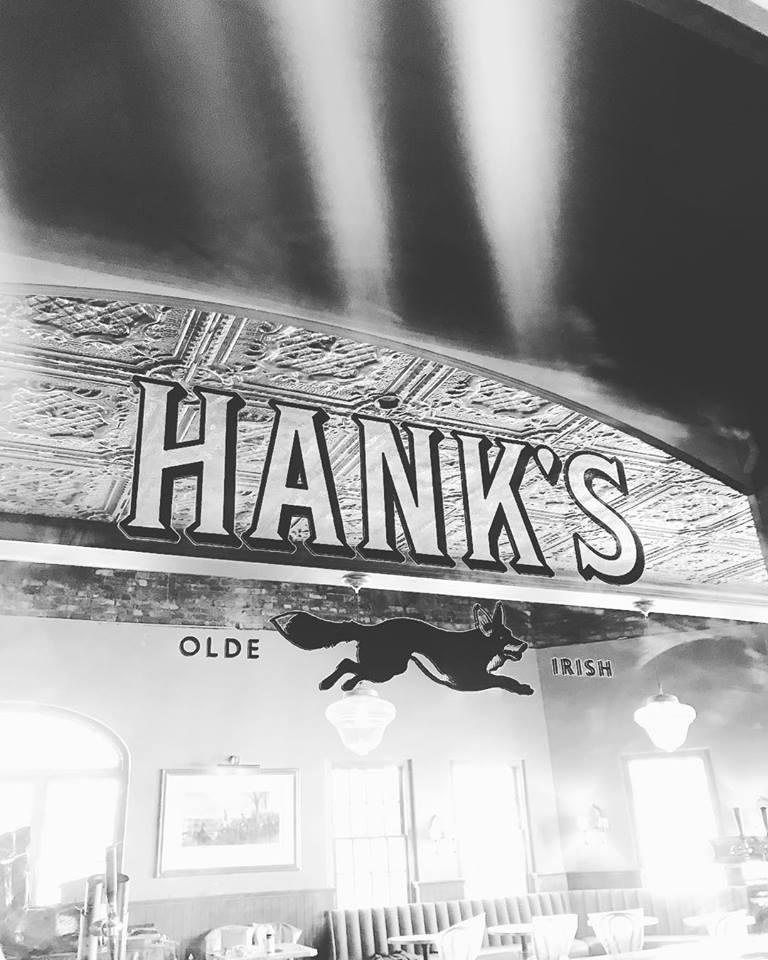 Hank's_Olde_Irish_Signage.jpg