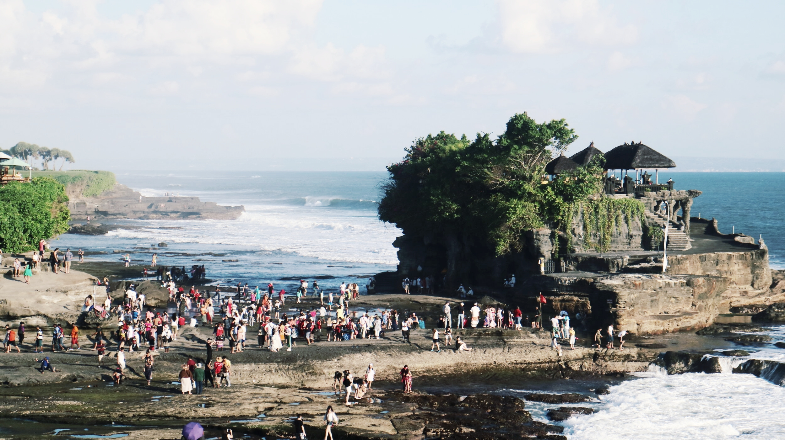 Tanah Lot - PILGRIMAGE TEMPLE PURA TANAH LOT