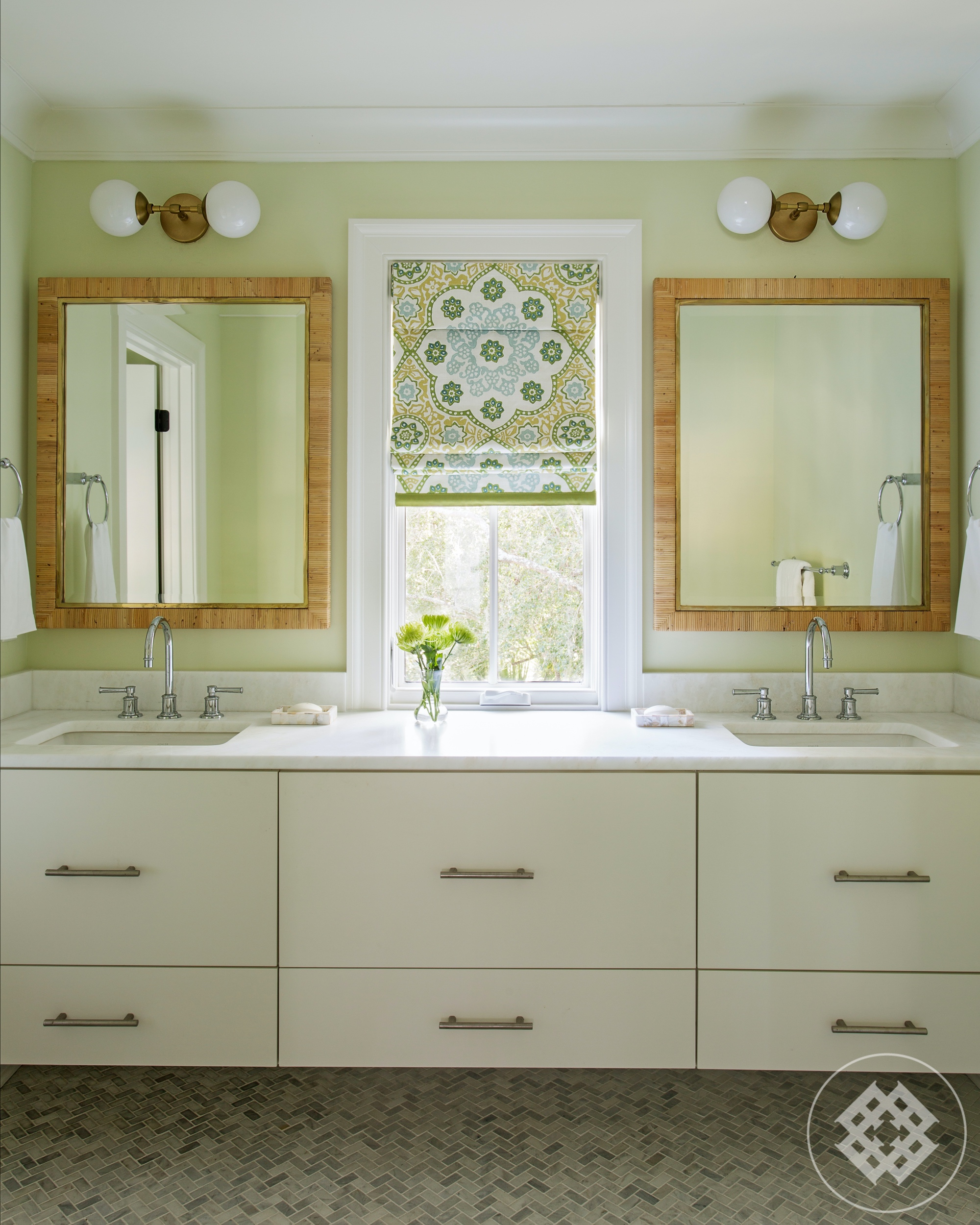 hss-master-bath-custom-cantelivered-vanity-handmade-roman-shade.jpg