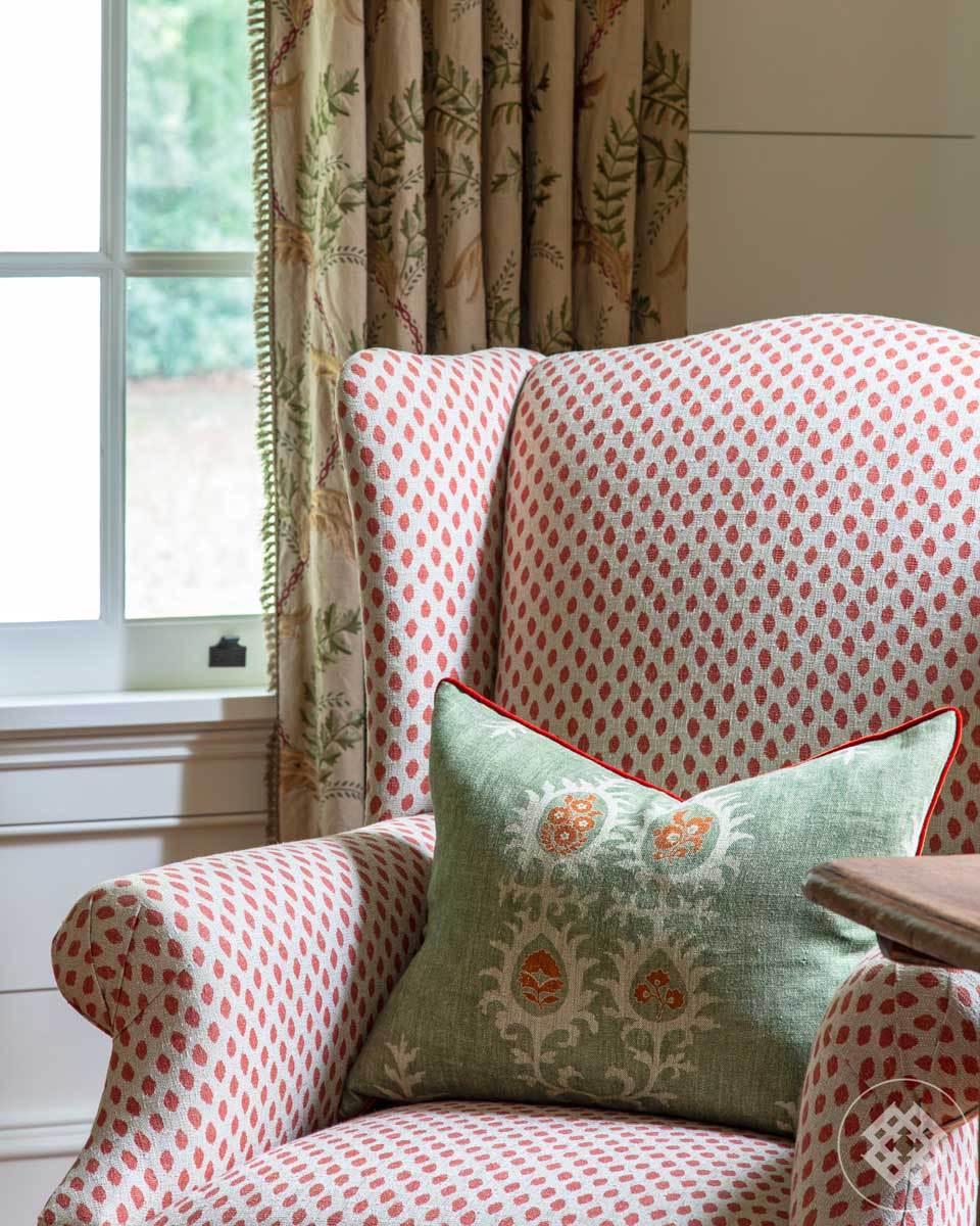 mfh-entry-linen-tribal-pillow.jpg