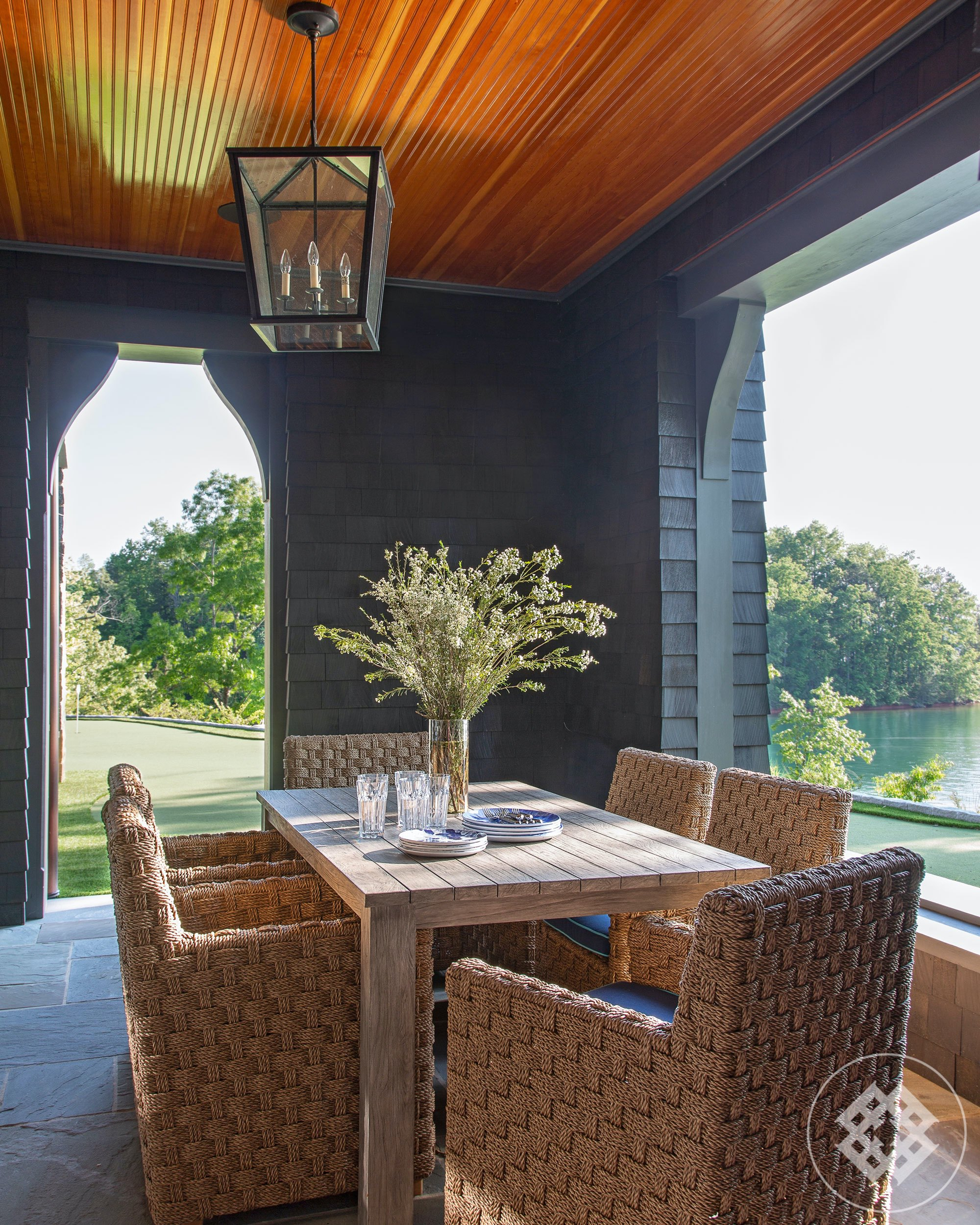 kkl-outdoor-dining-overlooking-lake-keowee-south-carolina.jpg