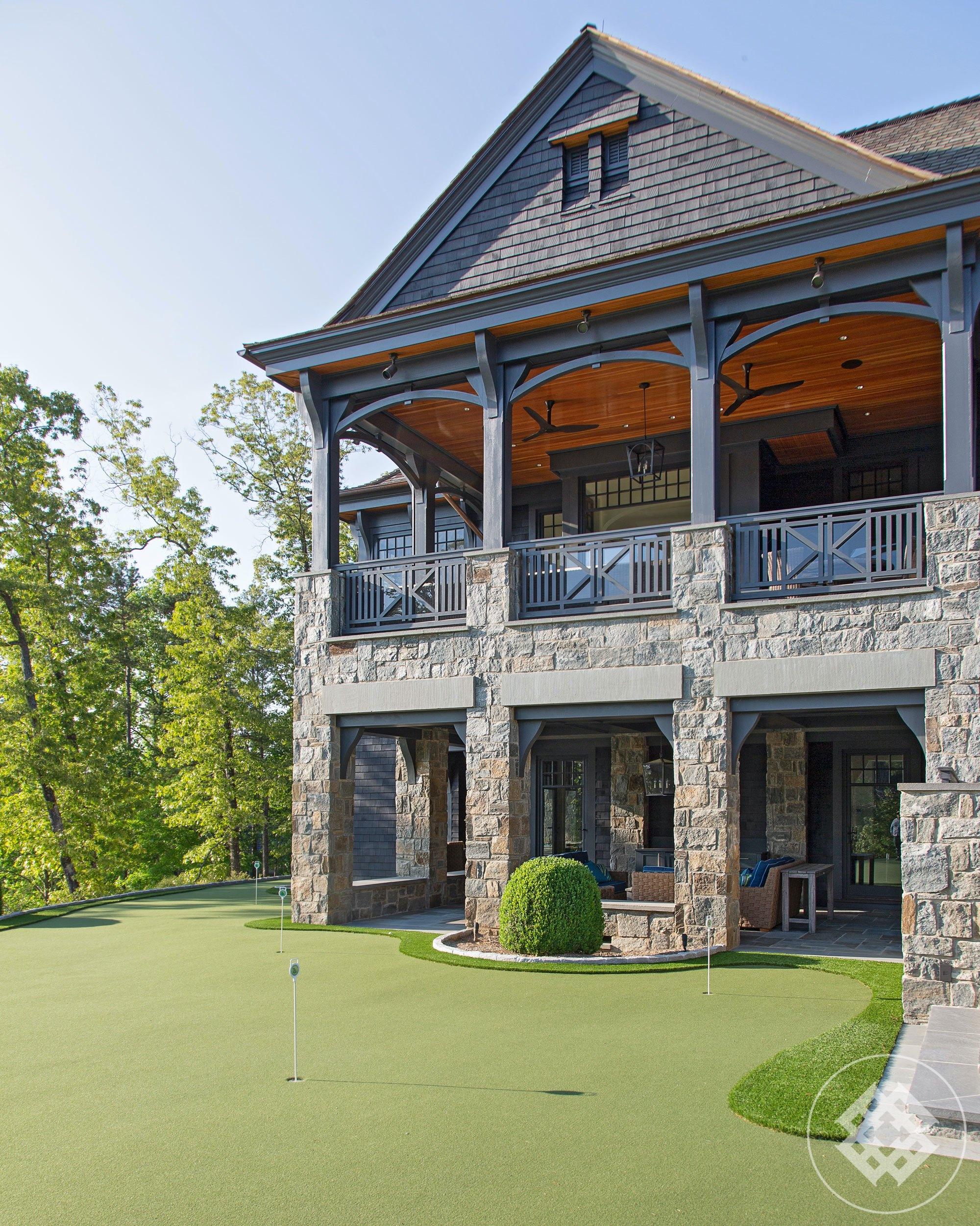 kkl-private-putting-green-at-lake-keowee-residence.jpg