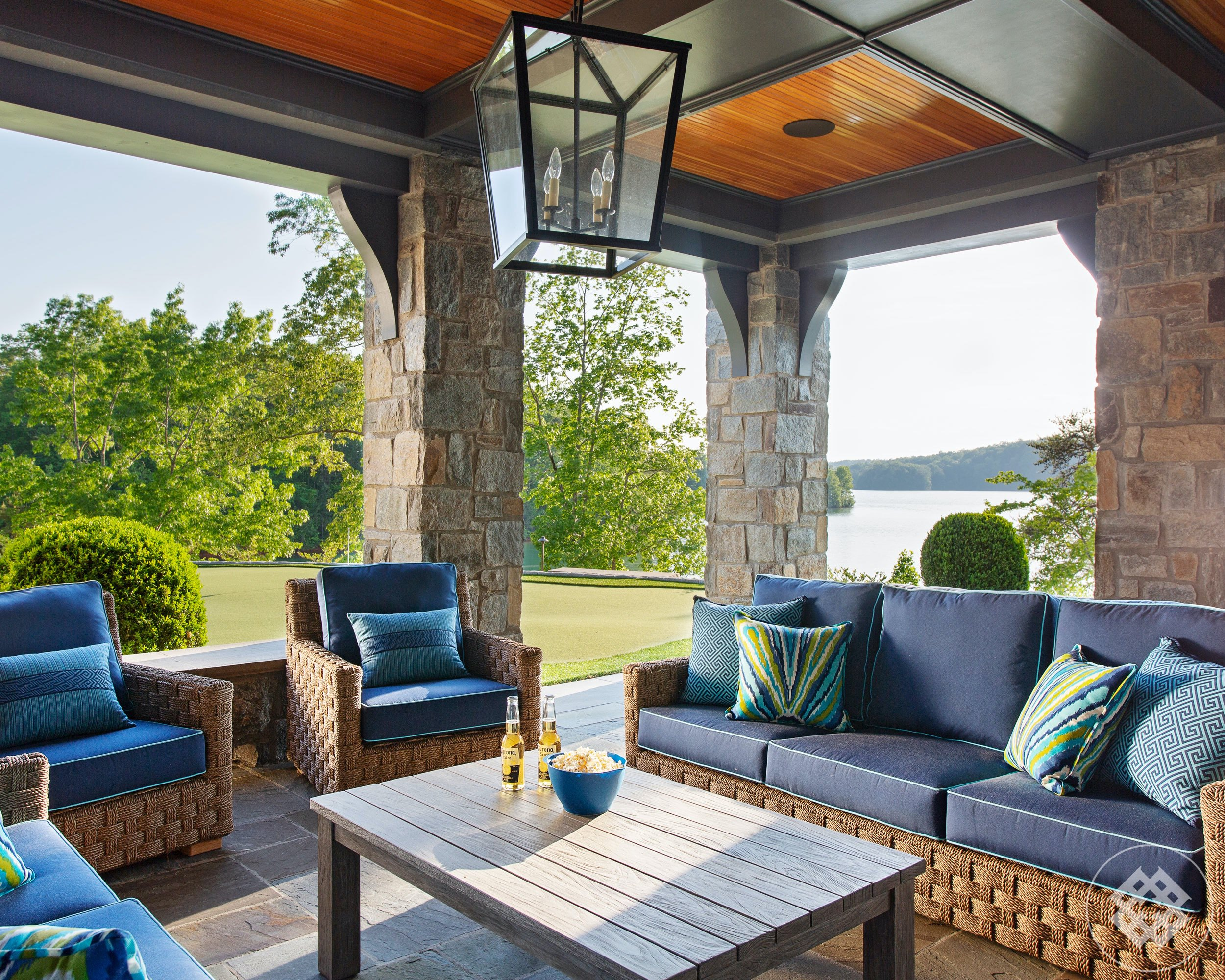 kkl-outdoor-living-overlooking-lake-keowee.jpg