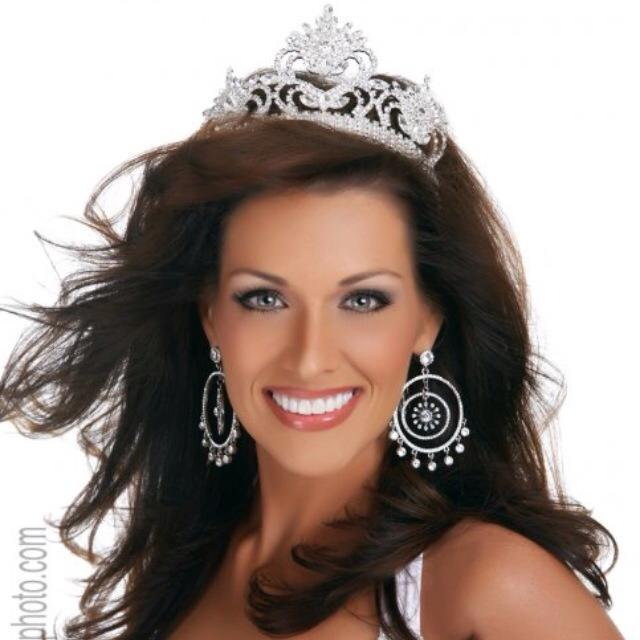 Mrs. North Carolina 2009 - Julie Abernathy