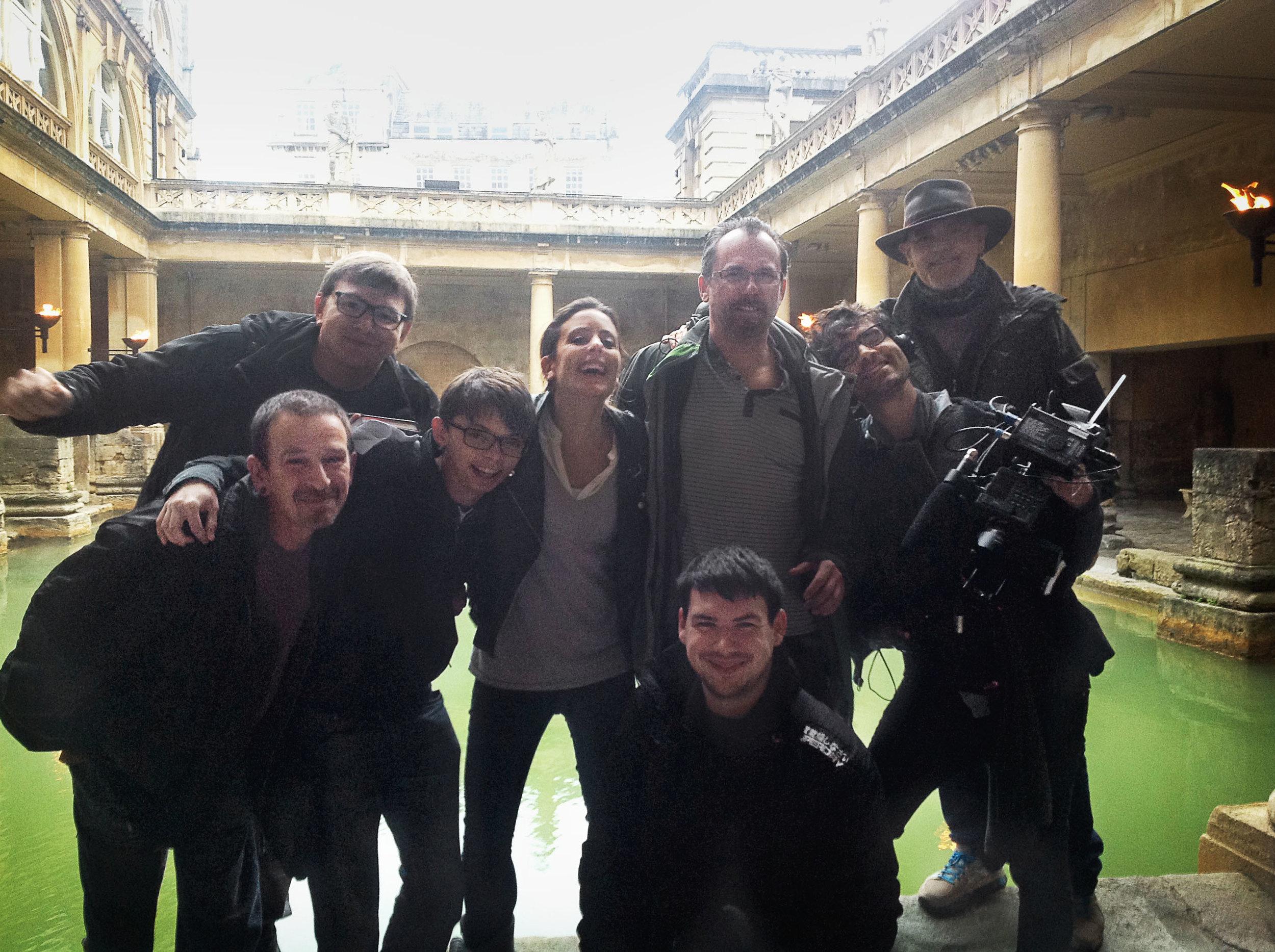 Hoard Hunters Cast & Crew - In Need of a Bath!