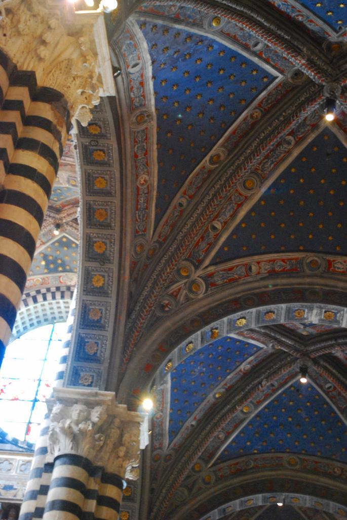 Arches in Siena.jpg