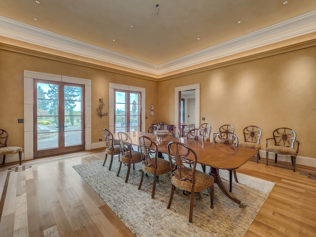 Yamhill County Custom Home Dining Room